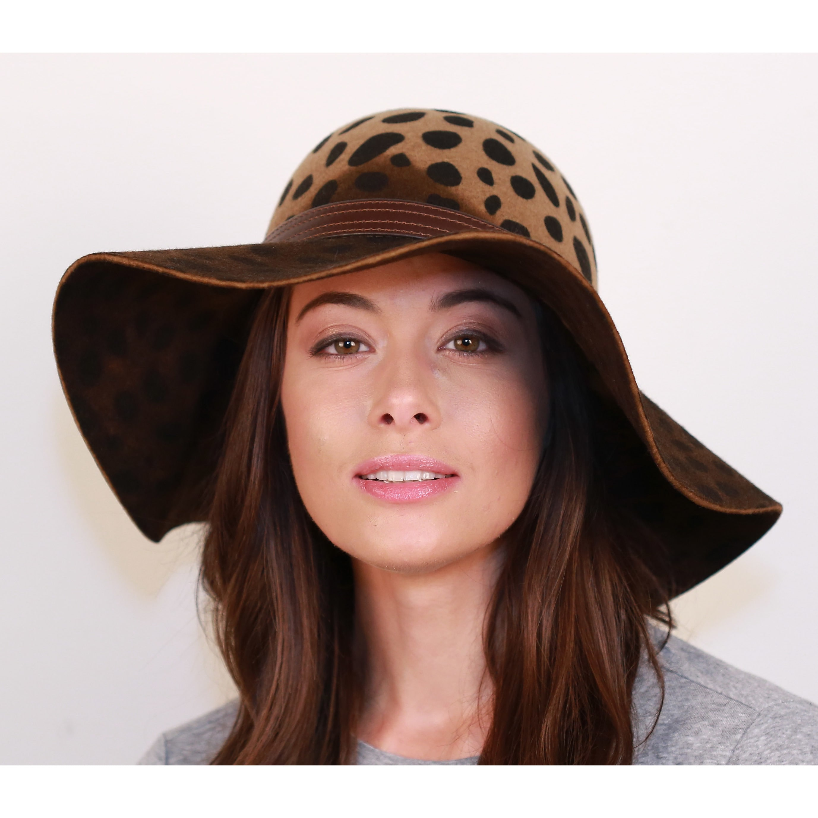 878543c1f46 Shop Hatch Leopard Safari Wool Felt Floppy Women s Hat - Free Shipping Today  - Overstock - 19433911