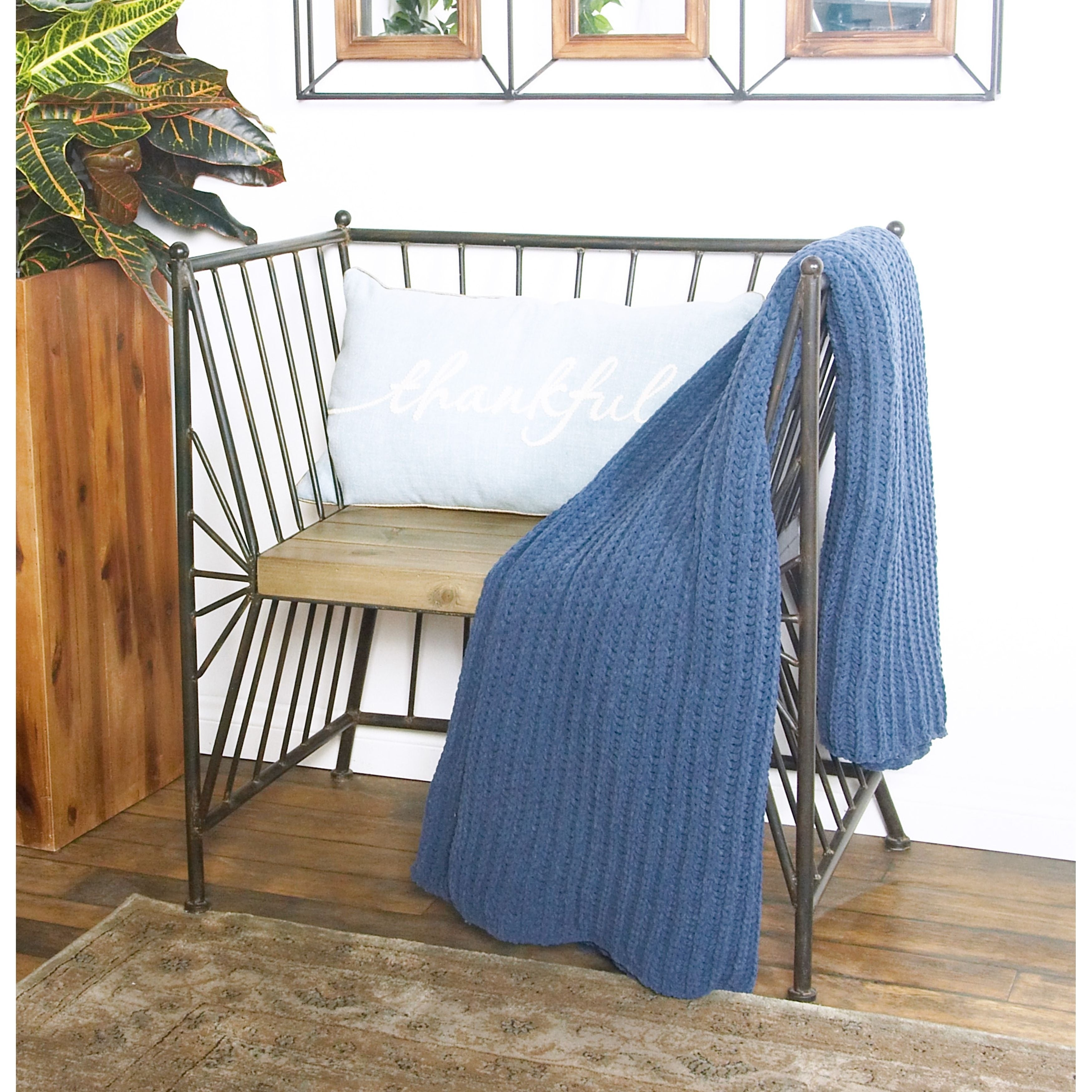 Pleasant Modern Iron Chair With Wooden Slab Seat Beutiful Home Inspiration Ommitmahrainfo