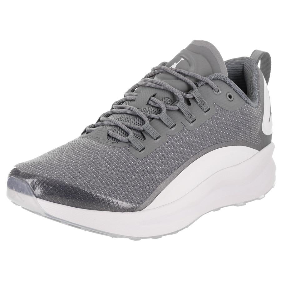 jordan mens tennis shoes