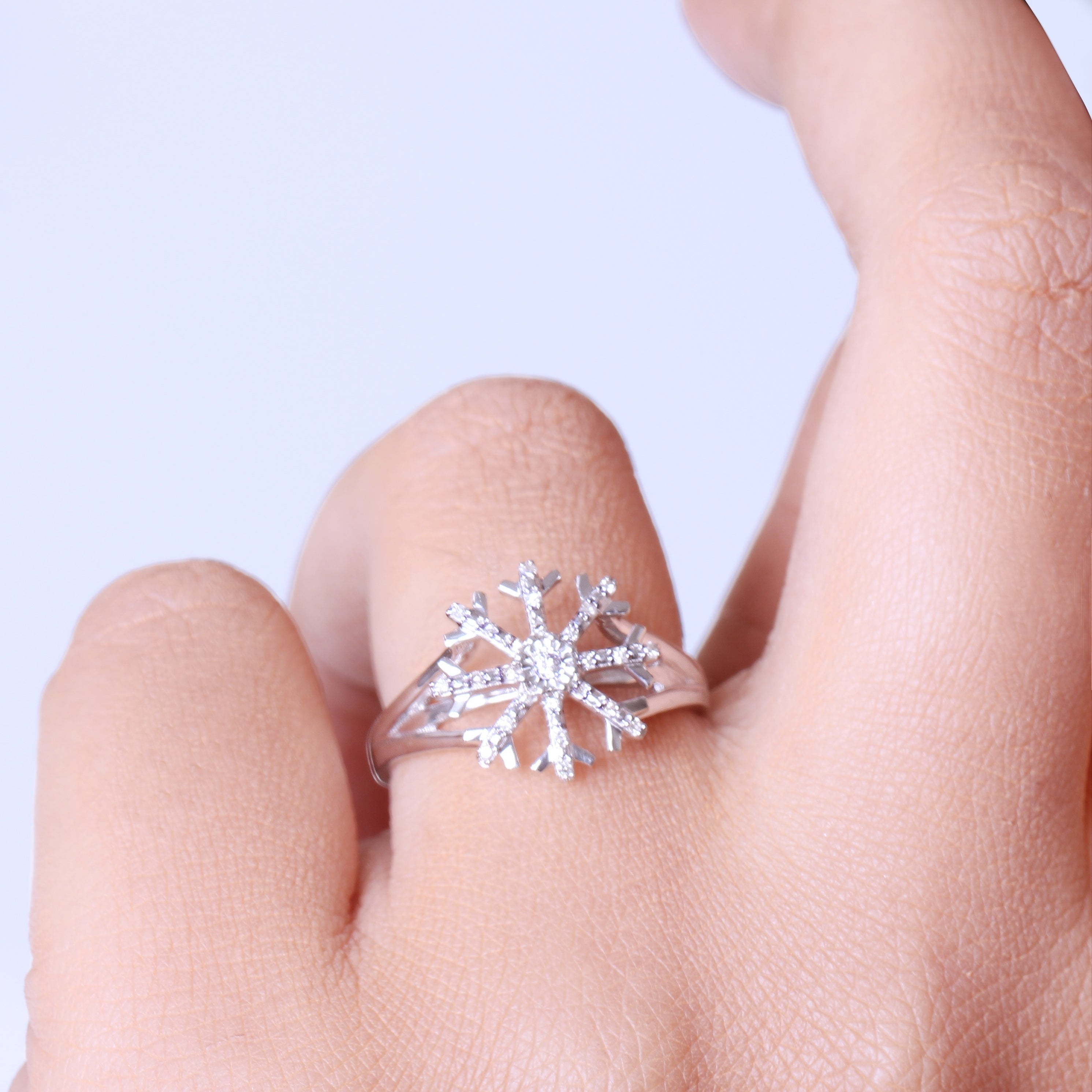 1/10 Ct Round Diamond Snow Flake Fashion Ring In Sterling Silver ...
