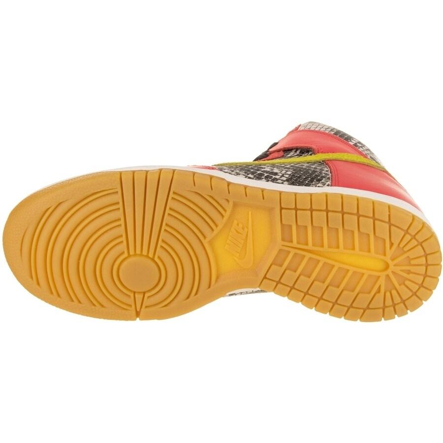 daf69bfd6820 Shop Nike Women s Dunk Hi LX Basketball Shoe - Free Shipping Today -  Overstock - 20202016