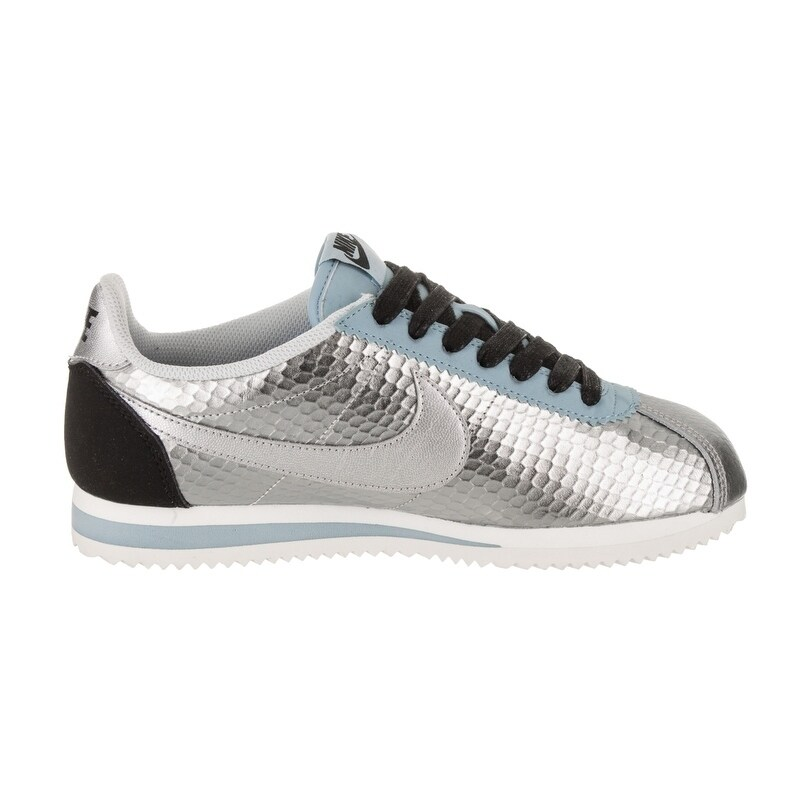 sale retailer 4dcac f3b72 Shop Nike Women's Classic Cortez Leather Premium Casual Shoe - Free  Shipping Today - Overstock - 20220206