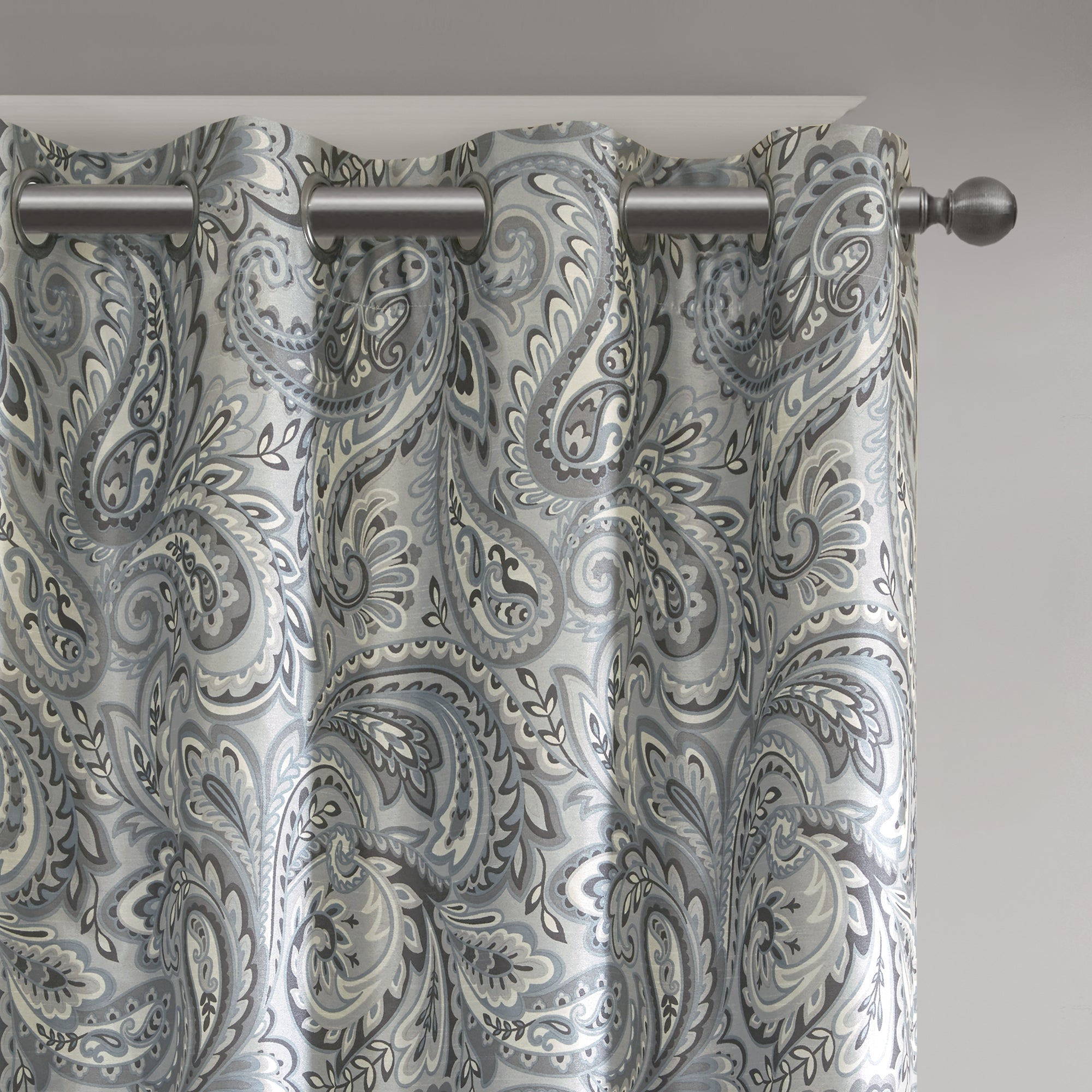 Sunsmart Dahlia Paisley Printed Total Blackout Curtain Panel  Free