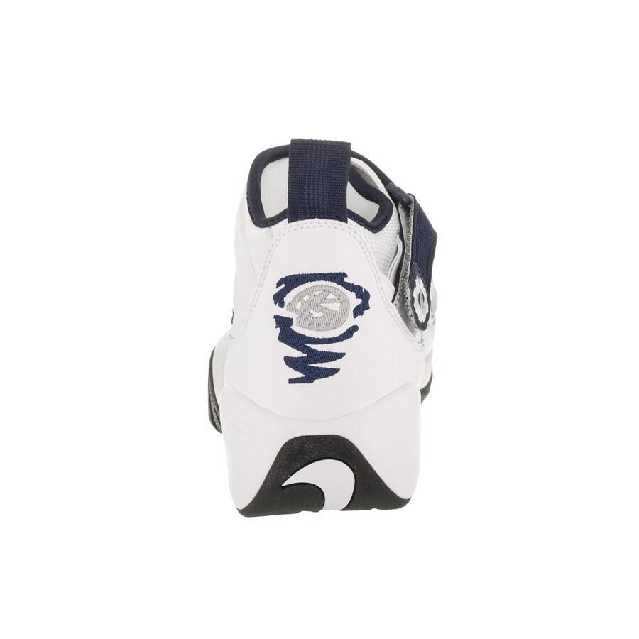 brand new e52d5 06d41 Shop Nike Men s Air Shake Ndestrukt Basketball Shoe - Free Shipping Today -  Overstock - 20814958