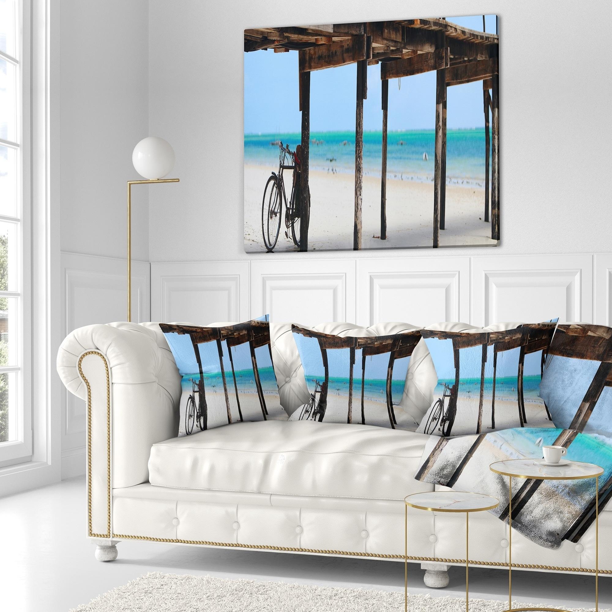 3d2c9f131a Designart 'White Sand Beach in Zanzibar Island' Modern Seascape Throw  Blanket