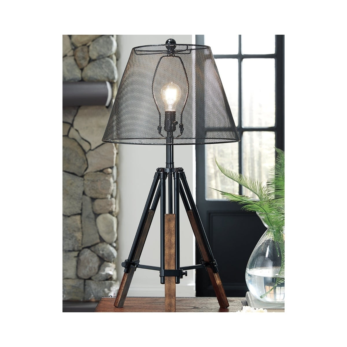 Signature Design by Ashley Leolyn Black Table Lamp with Wire Mesh ...