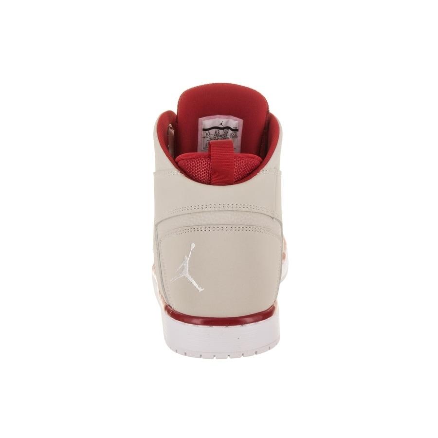 b5848a963088c1 Shop Nike Jordan Men s Jordan Flight Legend Basketball Shoe - Free Shipping  Today - Overstock - 21121461