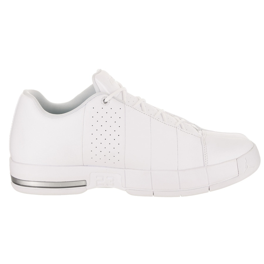 6a9026317bd Shop Nike Jordan Men's Jordan TE 2 Low Basketball Shoe - Free Shipping  Today - Overstock - 21122889