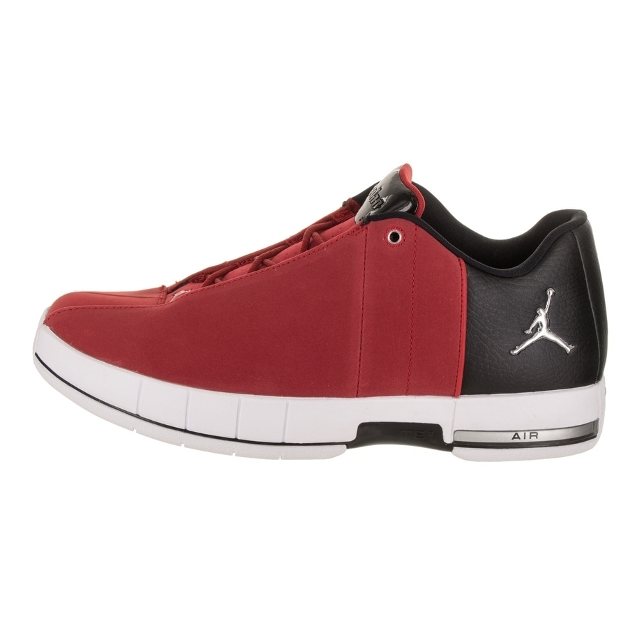 87ea3b65a9a5 Shop Nike Jordan Men s Jordan TE 2 Low Basketball Shoe - Free Shipping  Today - Overstock - 21584212