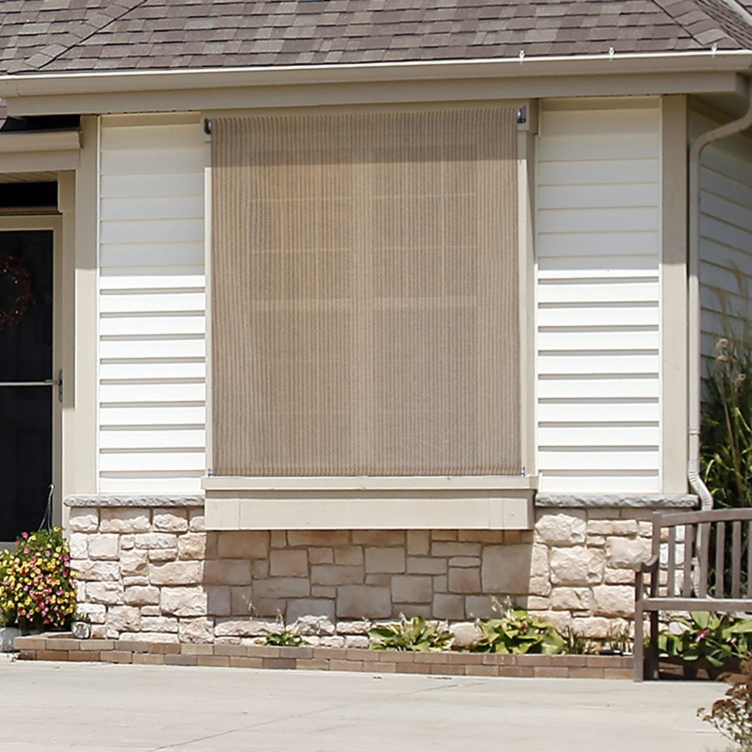 Shop keystone fabrics outdoor sun shade with pole operated lift free shipping today overstock 21944719