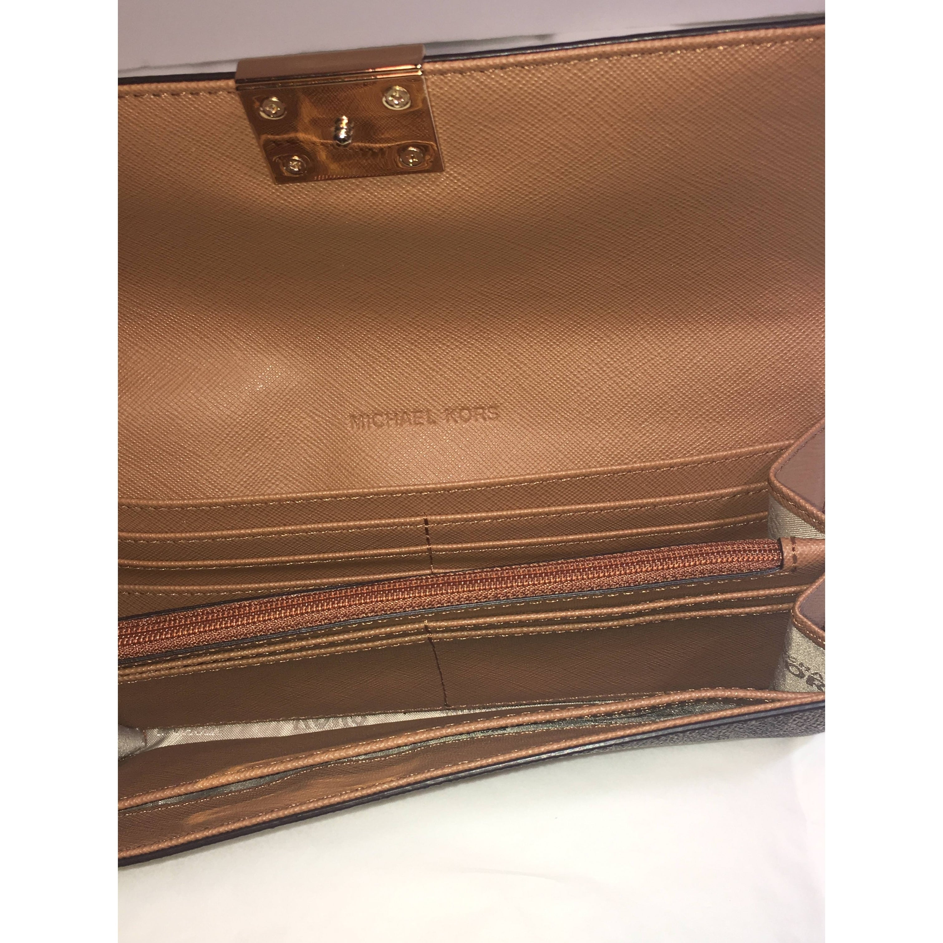 ddd0a0c366c52c Shop Michael Kors Mindy Carryall PVC Flap Wallet Clutch - Free Shipping  Today - Overstock - 22465309