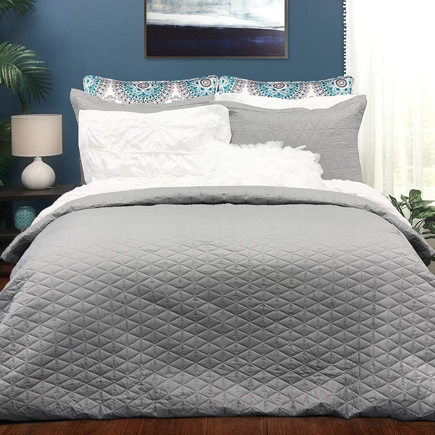 Shop driftaway victoria 3 pieces bedding quilted duvet cover on sale free shipping on orders over 45 overstock com 22582702
