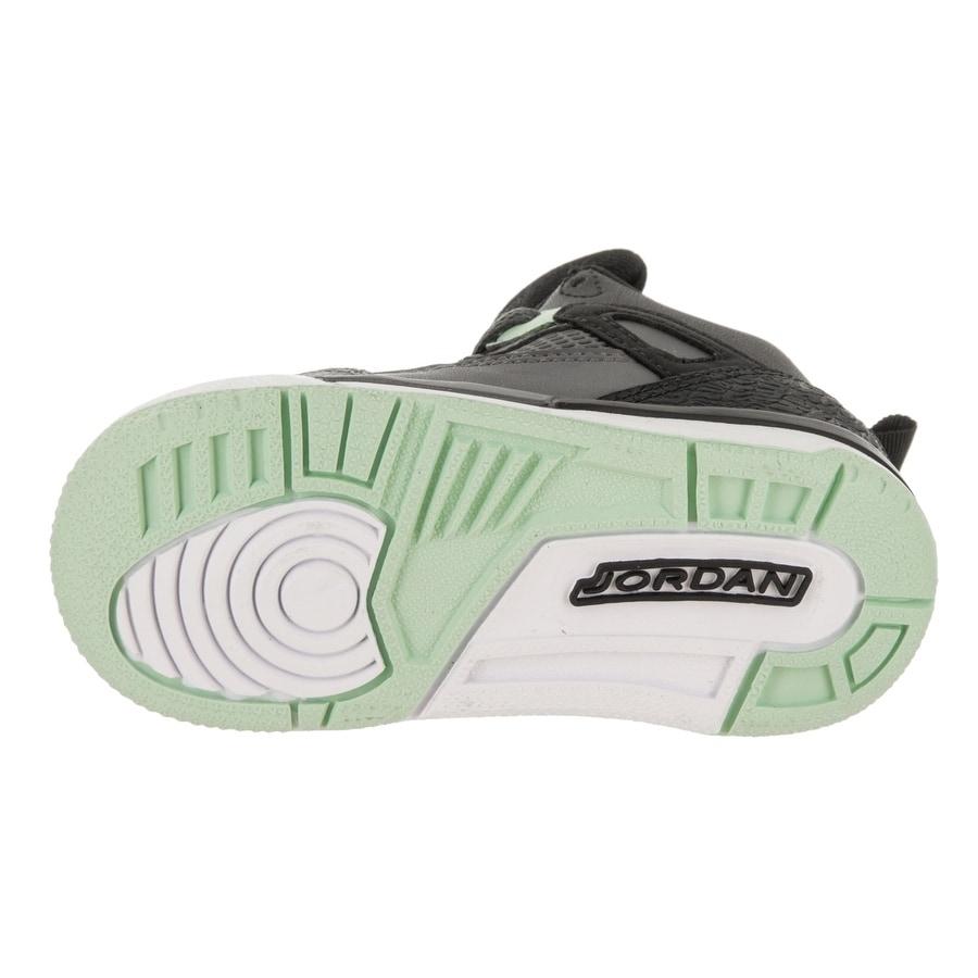d8f7ca563401 Shop Nike Jordan Toddlers Jordan Spizike GT Basketball Shoe - Free Shipping  Today - Overstock - 22829809