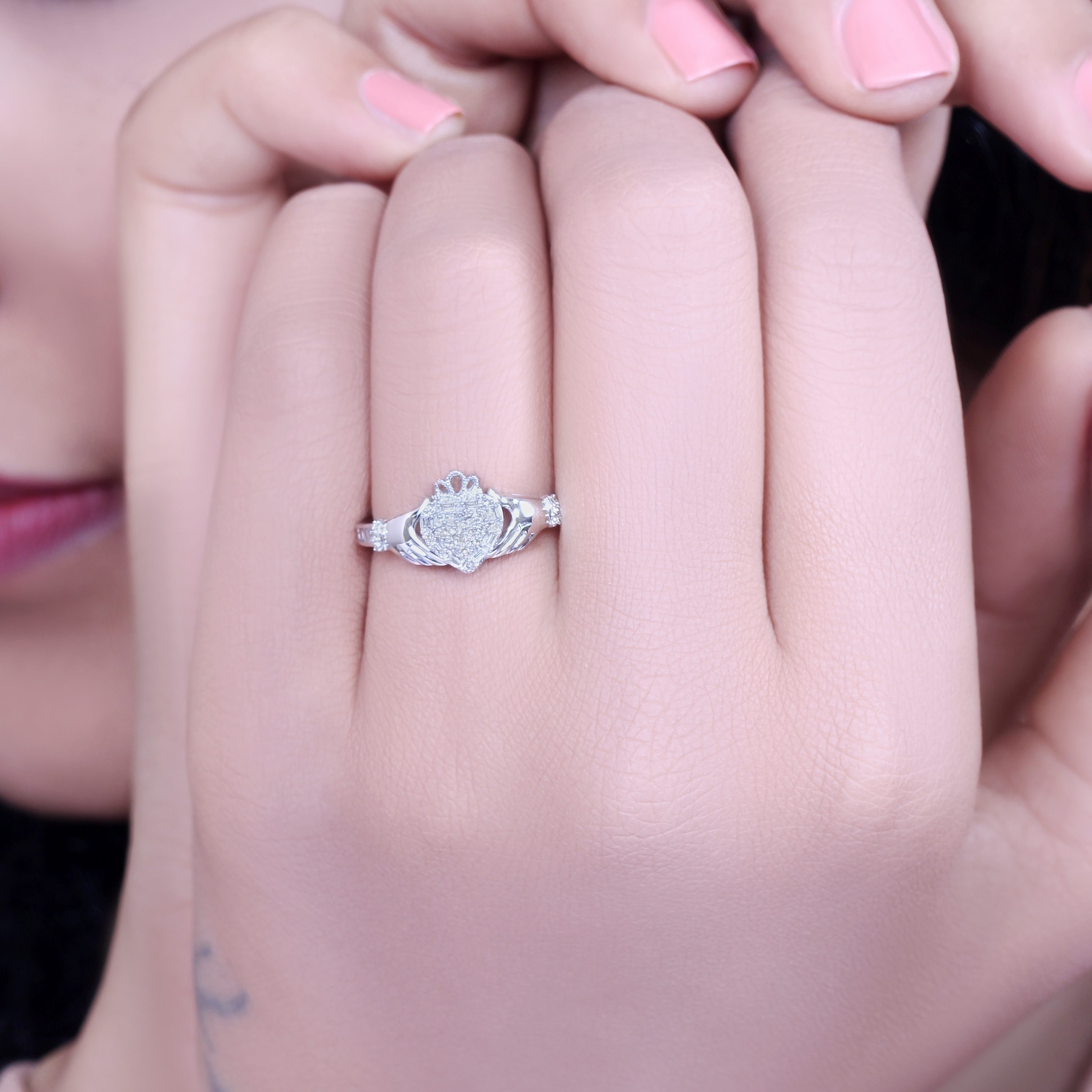 Shop Cali Trove White Gold 1/5ct TDW Round Shape Natural Diamond ...