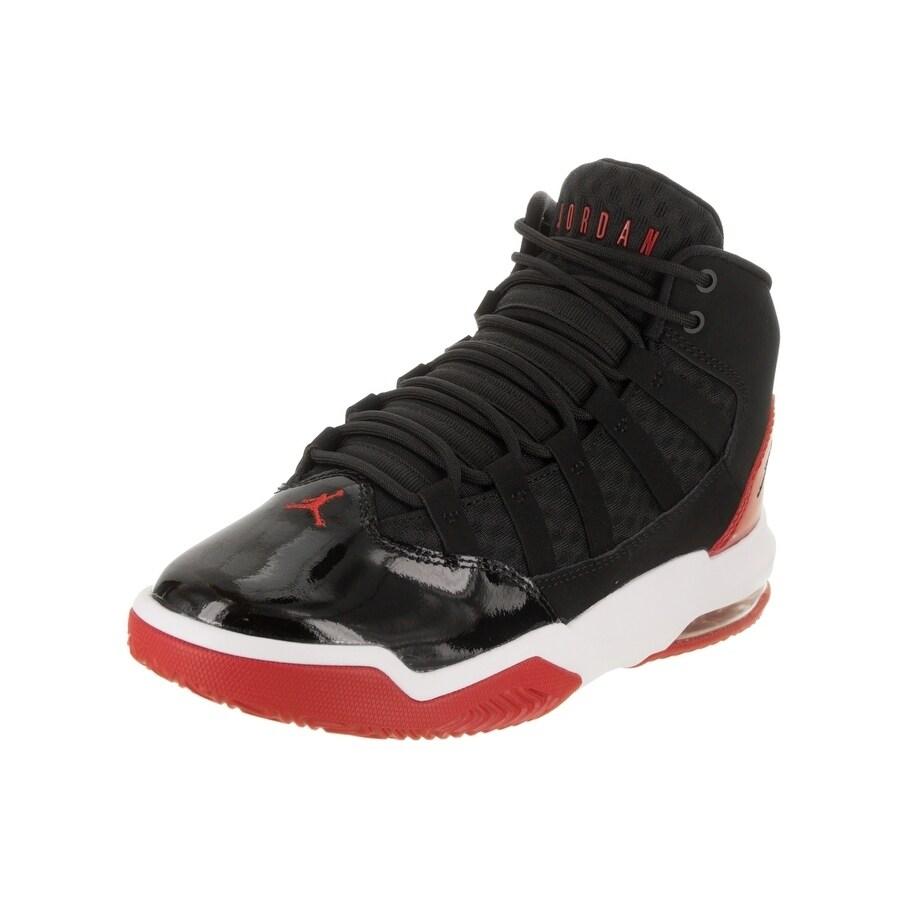 purchase cheap f561c c8a87 Shop Nike Jordan Kids Jordan Max Aura (GS) Basketball Shoe - Free Shipping  Today - Overstock - 23035790