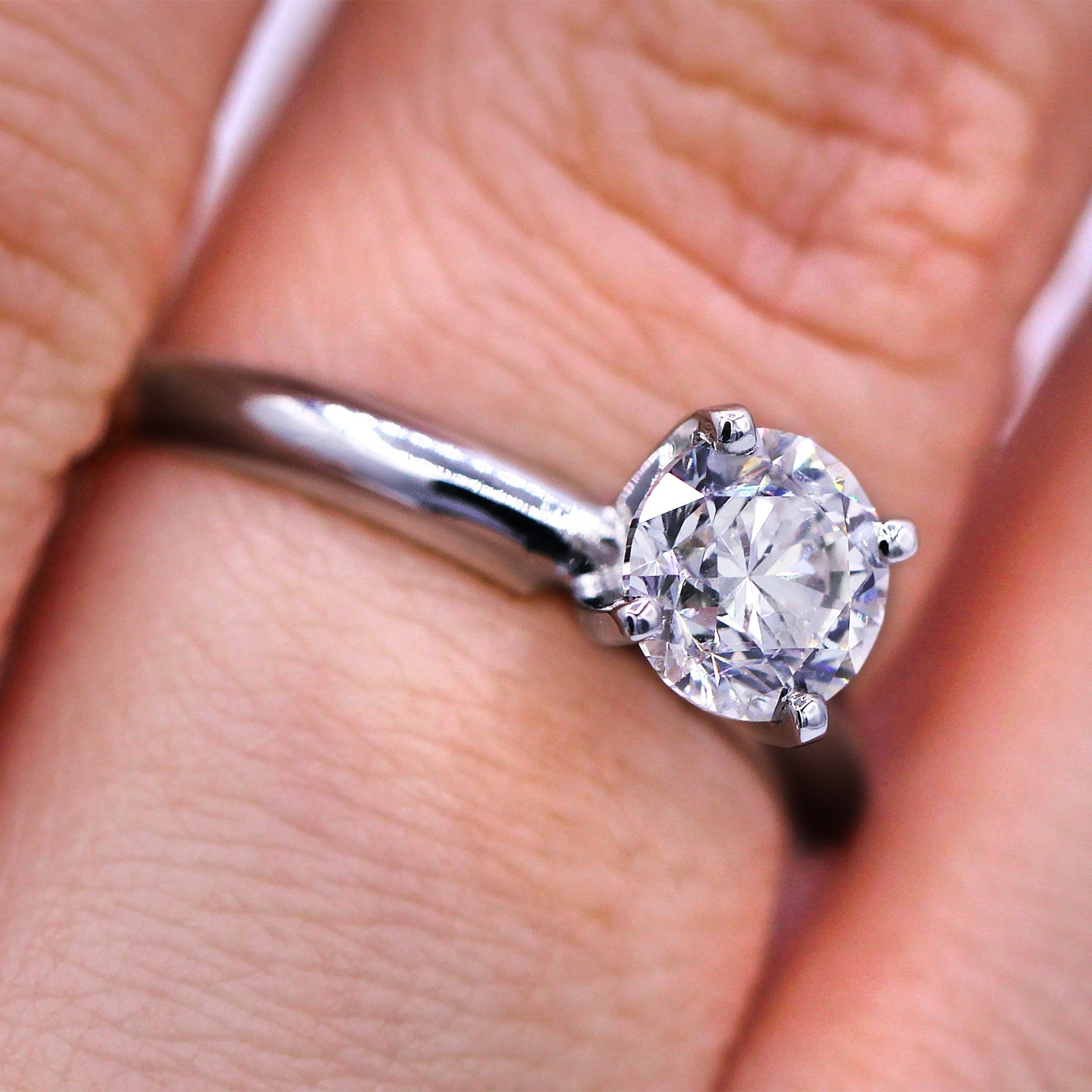 Shop 14KT White Gold 1.02 Ct Solitaire Round Diamond Engagement Ring ...
