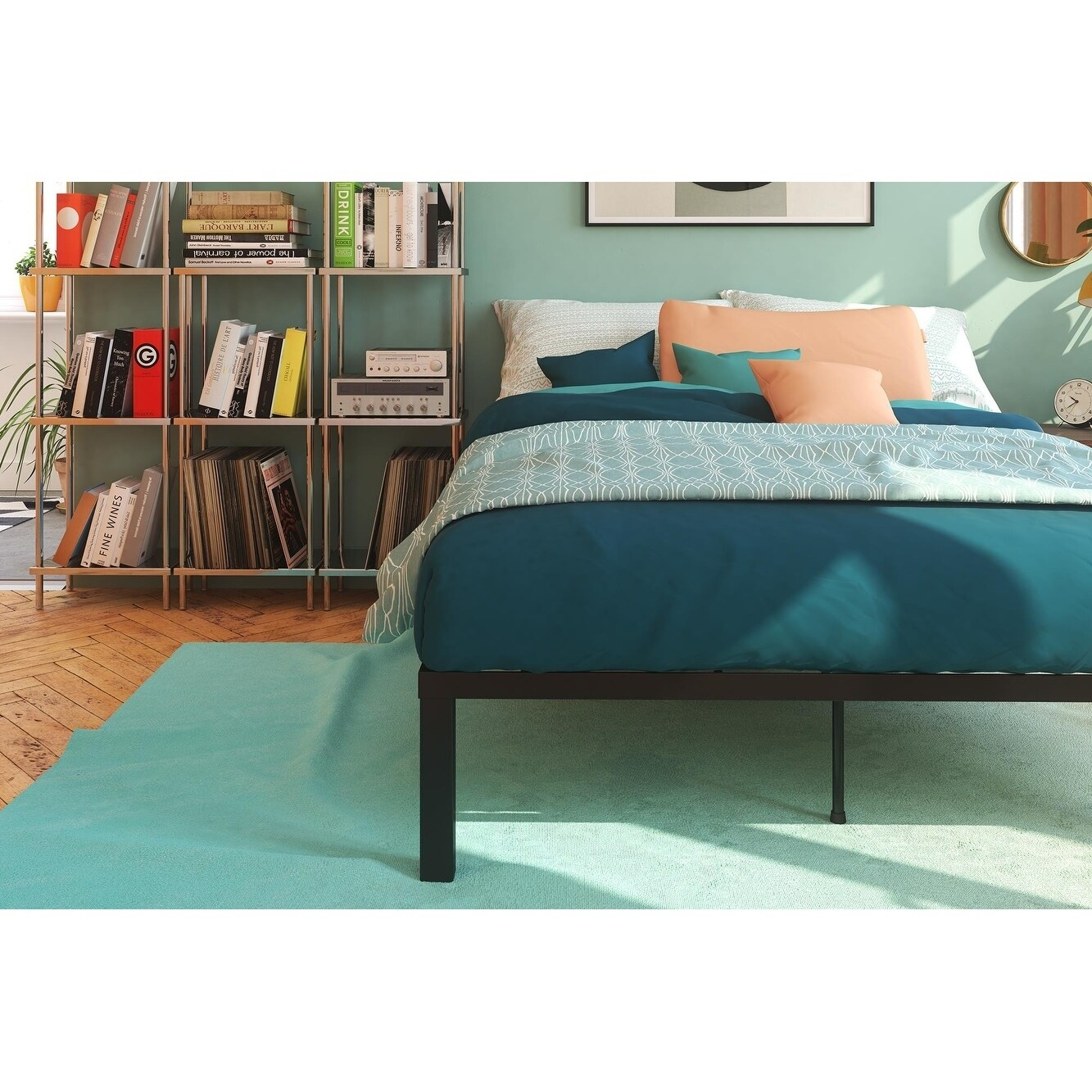 Shop Signature Sleep Black Modern Platform Bed With Euro Wood Slats