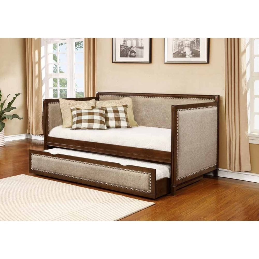 Shop Jasper Traditional Oatmeal And Rich Amber Daybed Free