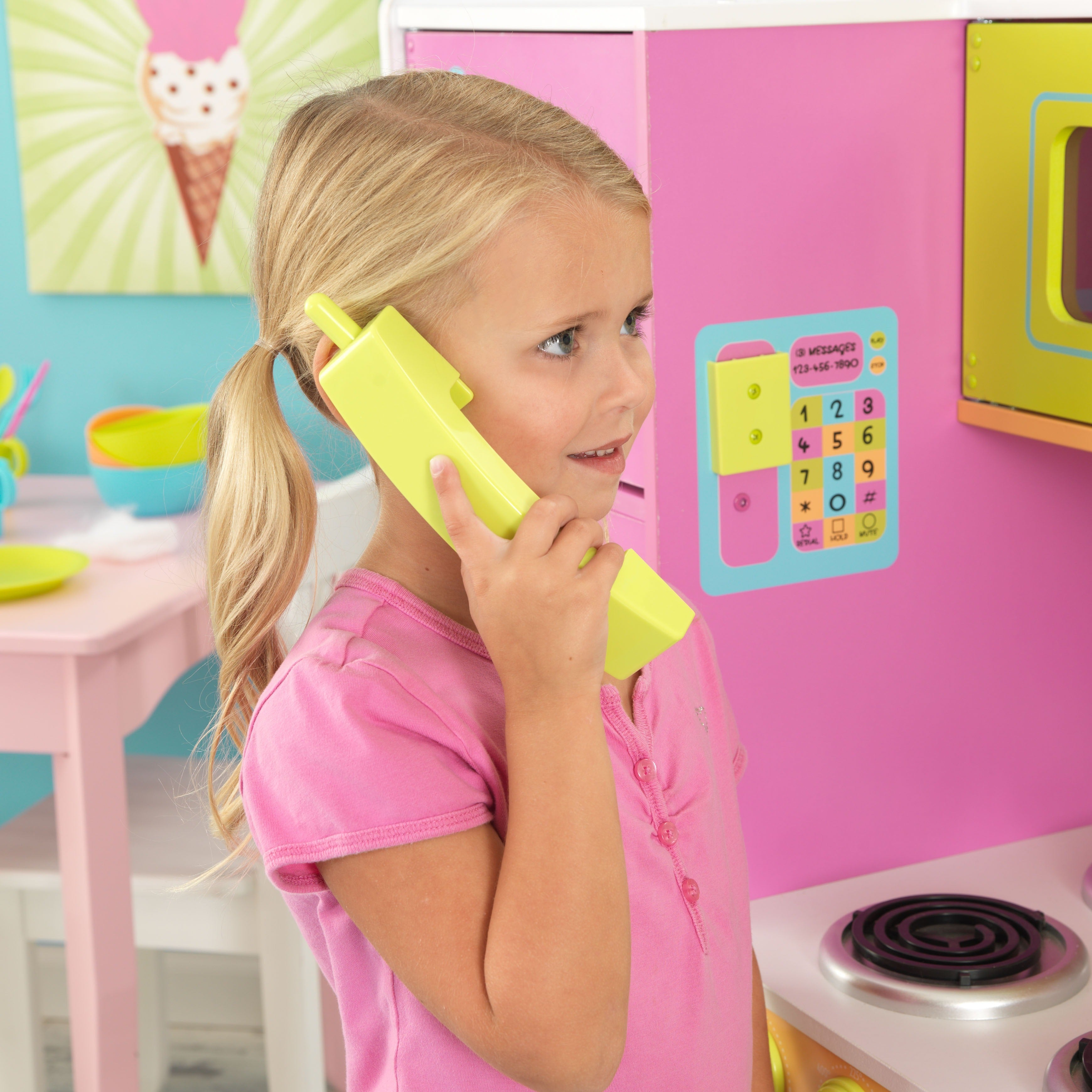 Shop KidKraft Deluxe Big And Bright Kitchen   Free Shipping Today    Overstock.com   4447726