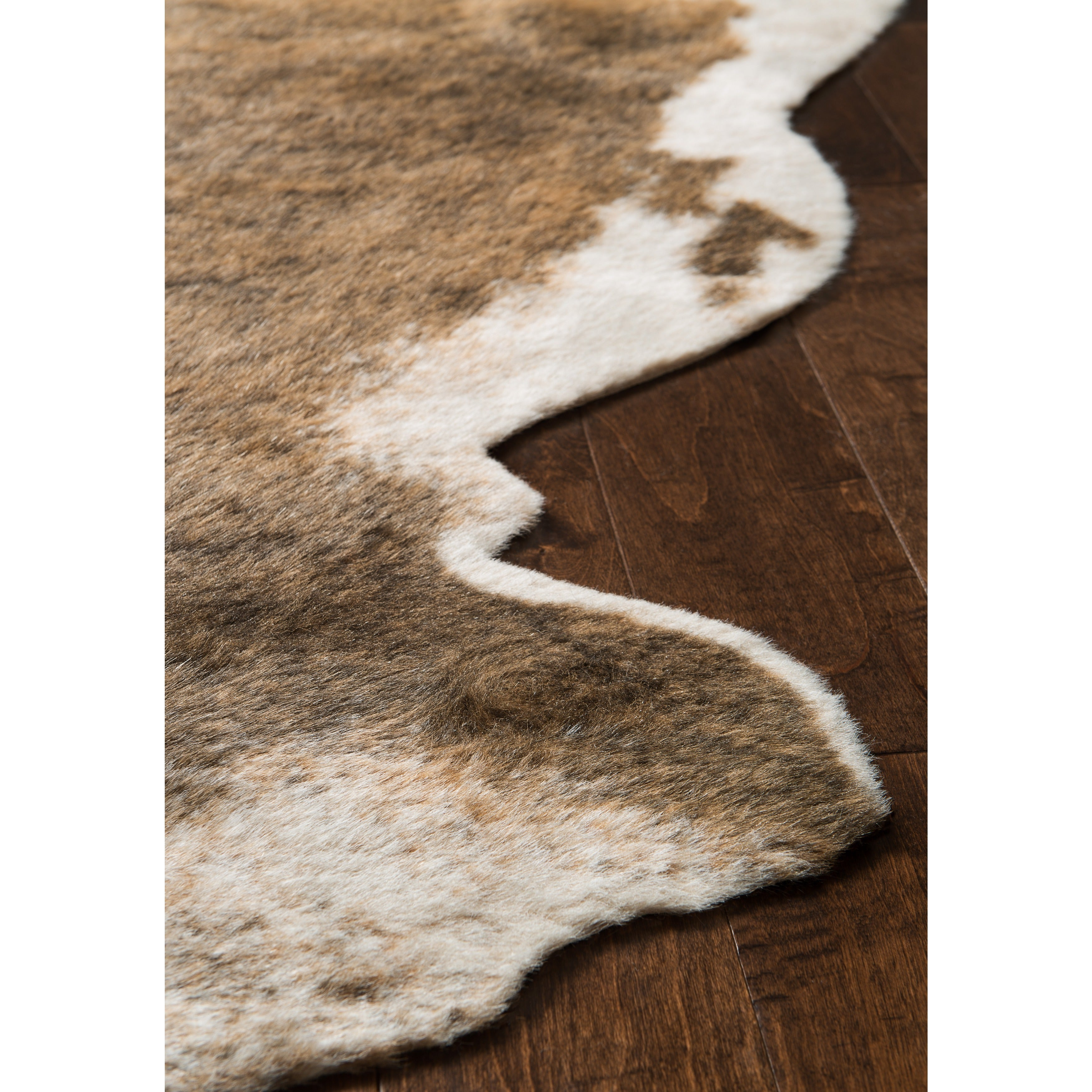 Shop Faux Cowhide Camel Brown/ Beige Area Rug - 6\'2 x 8\' - On Sale ...