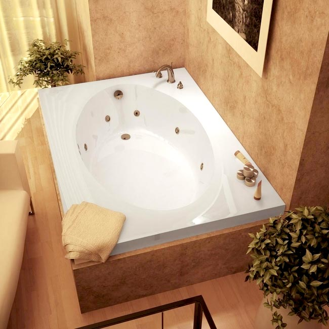 Merveilleux Shop Vogue White Whirlpool Tub   Free Shipping Today   Overstock.com    5700606