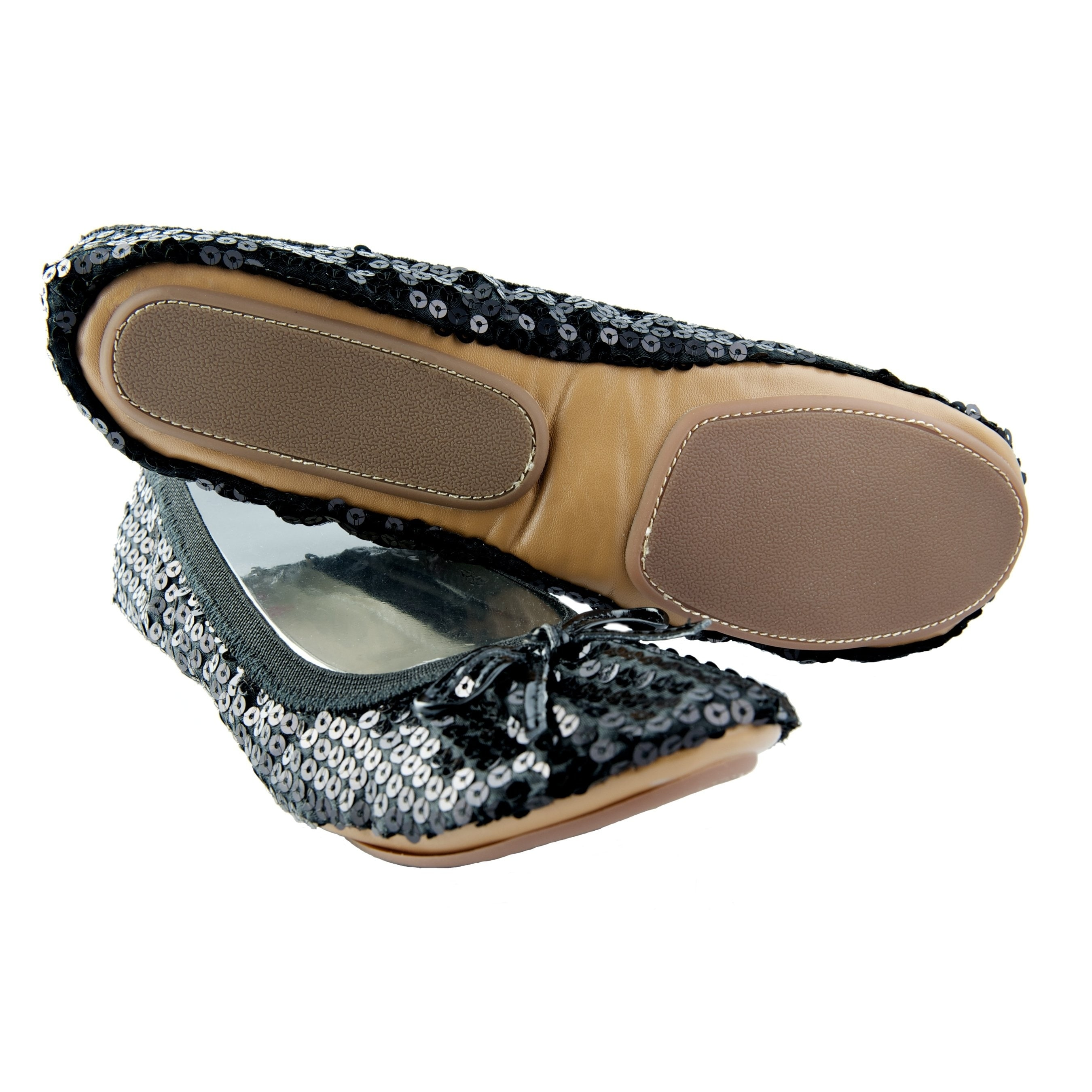 36cf9afe8a Shop Fit In Clouds Women's 'Black Sequin' Foldable/ Portable Flats - Free  Shipping On Orders Over $45 - Overstock - 5761807