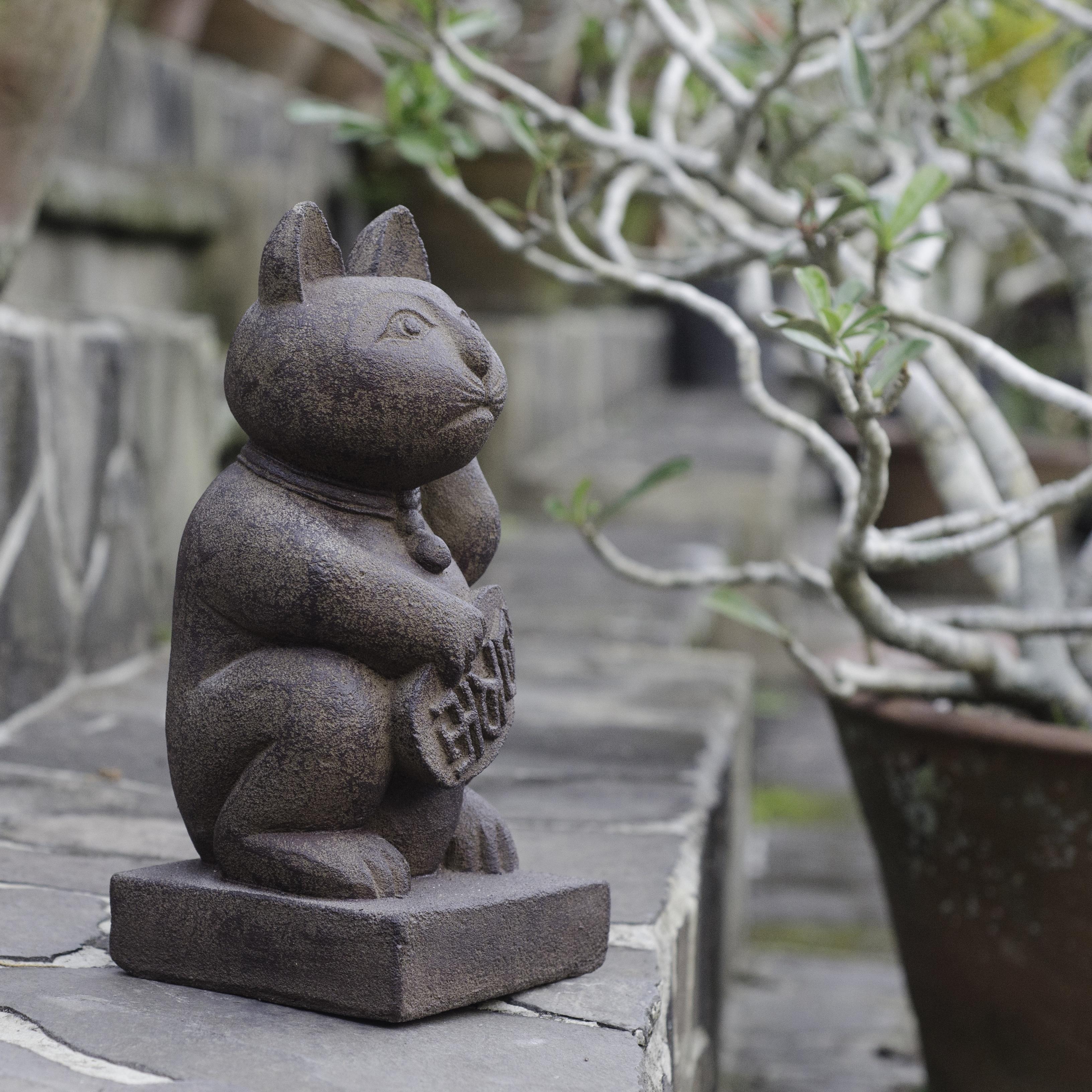 home figurine office or for best by indoor cat garden itm outdoor d mark cor statue gnome margot decor art mischievous