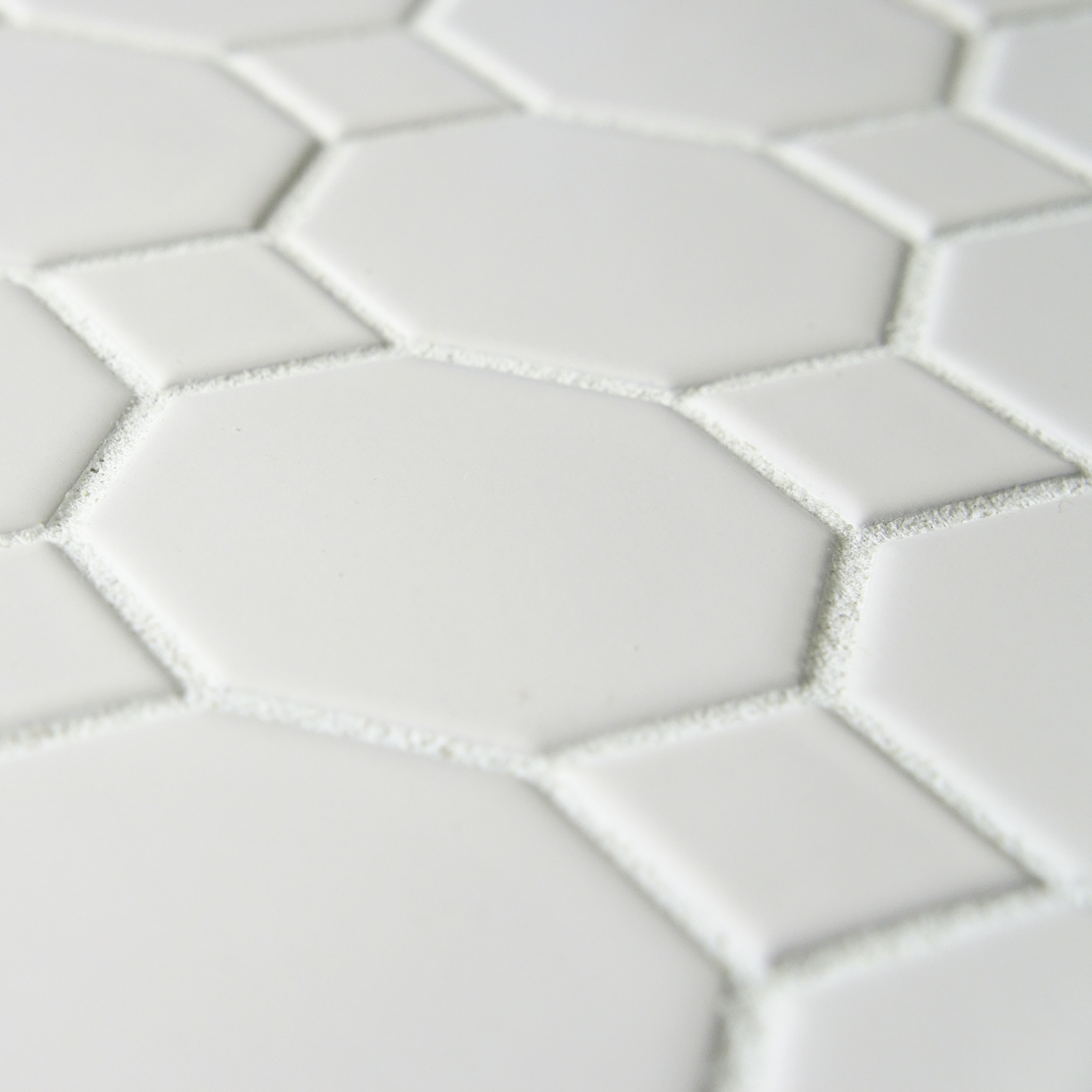 Shop SomerTile 11.5x11.5-inch Victorian Octagon White with Dot ...