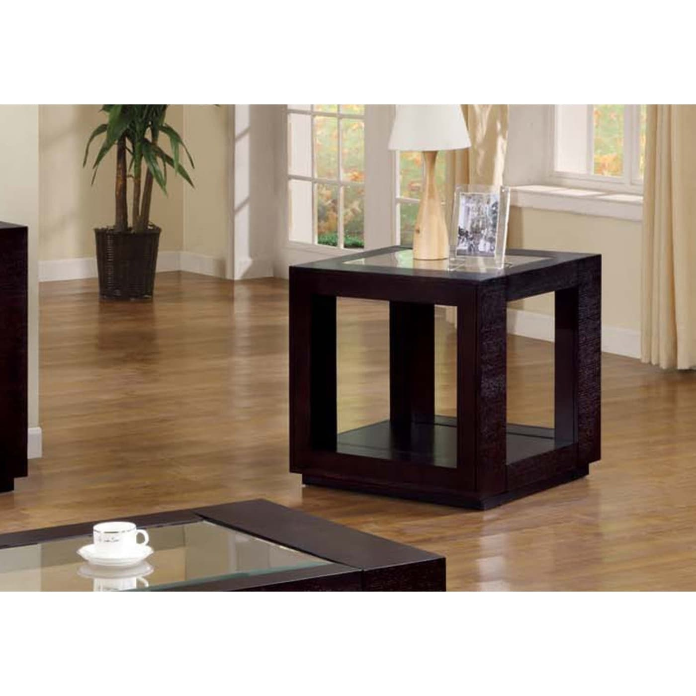 Bassett Accent Chairs 1132.Cappuccino Veneer End Table With Glass Insert