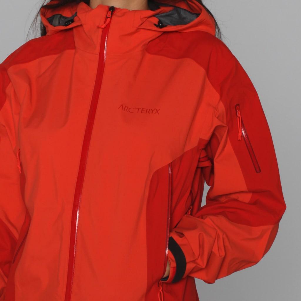 Shop Arc teryx Women s  Stingray  Lantern Soft Shell Ski Jacket (L) - Free  Shipping Today - Overstock - 7286214 1cfb1df52