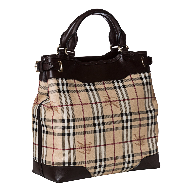 Shop Burberry  3826584  Medium Haymarket Check Tote Bag - Free Shipping  Today - Overstock.com - 7356667 1353abca43