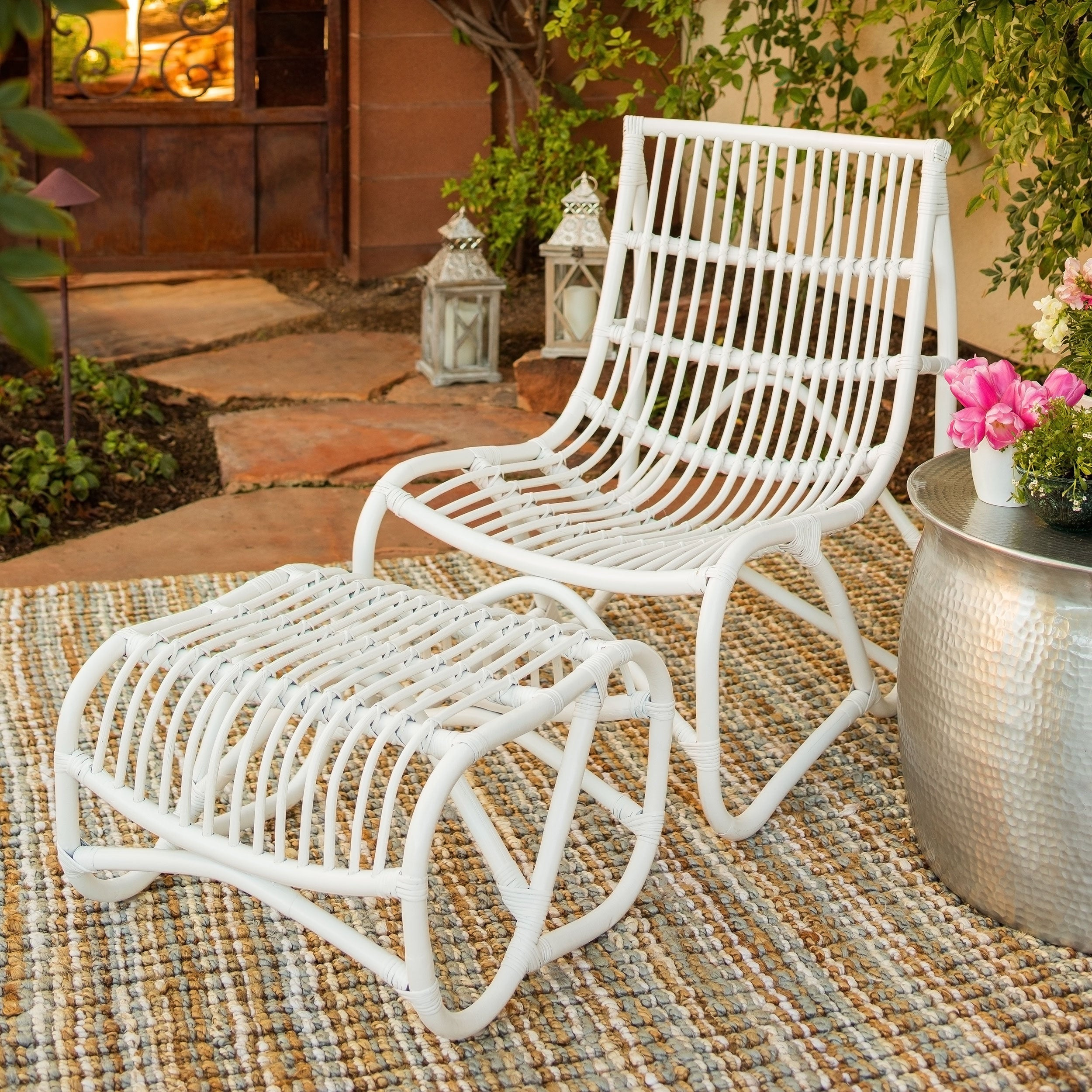 Safavieh Shenandoah White Wicker Chair And Ottoman Set
