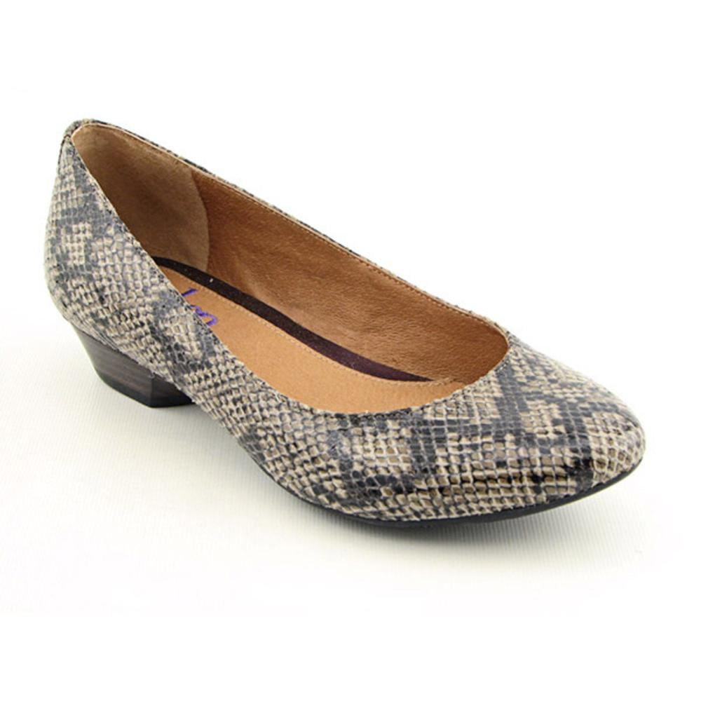 Shop Indigo By Clarks Women's 'Aggie' Synthetic Casual Shoes - Free  Shipping Today - Overstock.com - 7399786