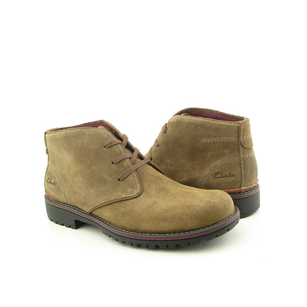 Shop Clarks Men's 'Roar' Regular Suede Boots - Free Shipping Today -  Overstock.com - 7464418