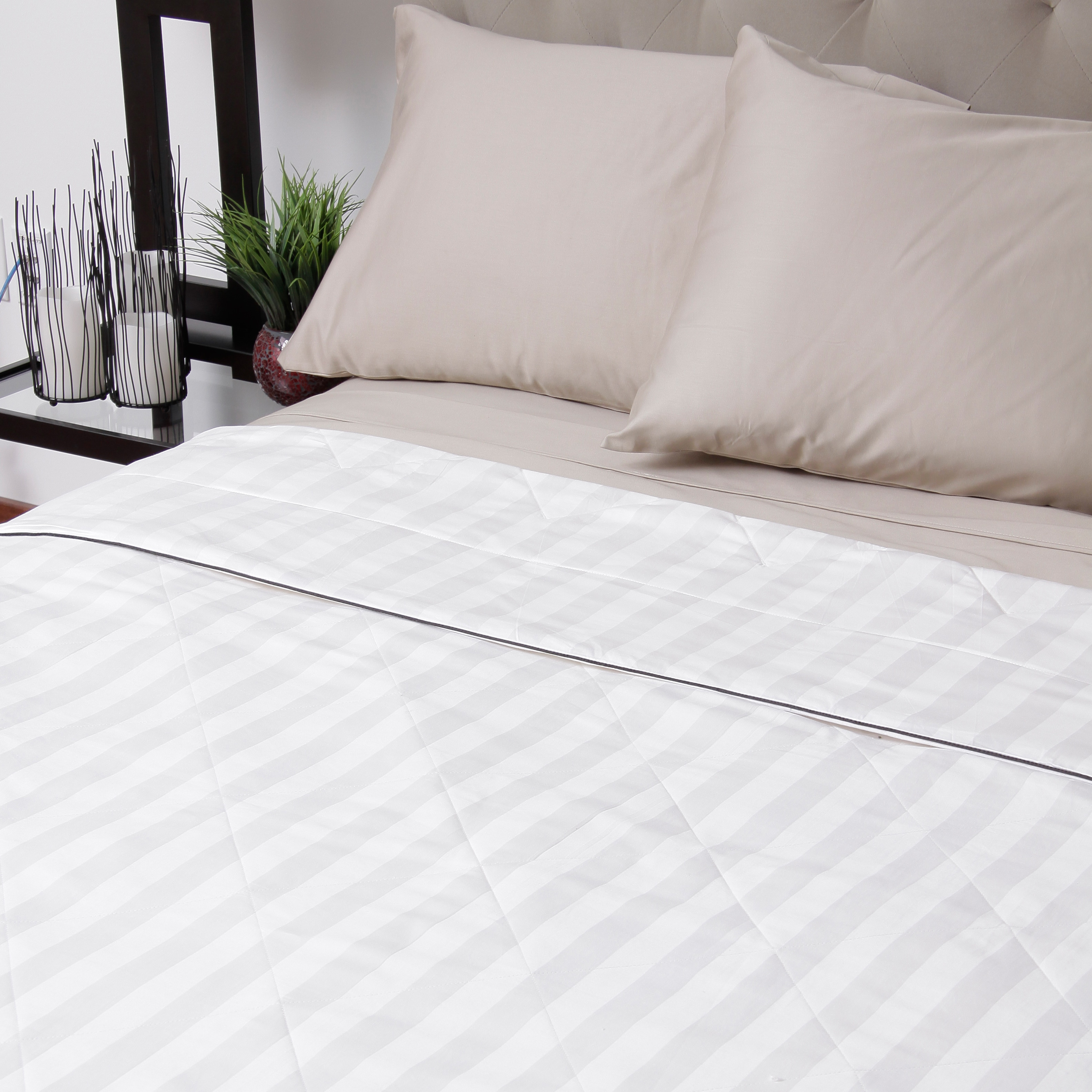 silk comforter cozy products mulberry earth cozyearth