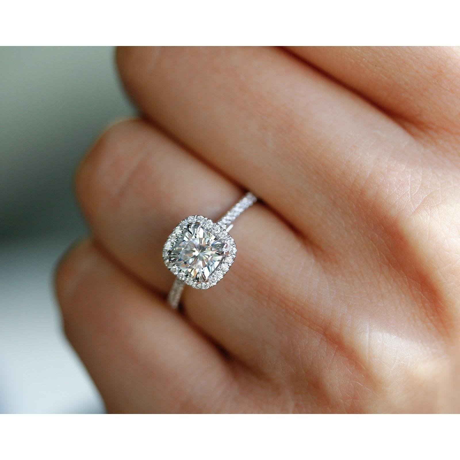 Annello By Kobelli 14k White Gold 1 1 3ct Tgw Cushion Cut Moissanite And Diamond Halo Engagement Ring Hi Vs Gh I