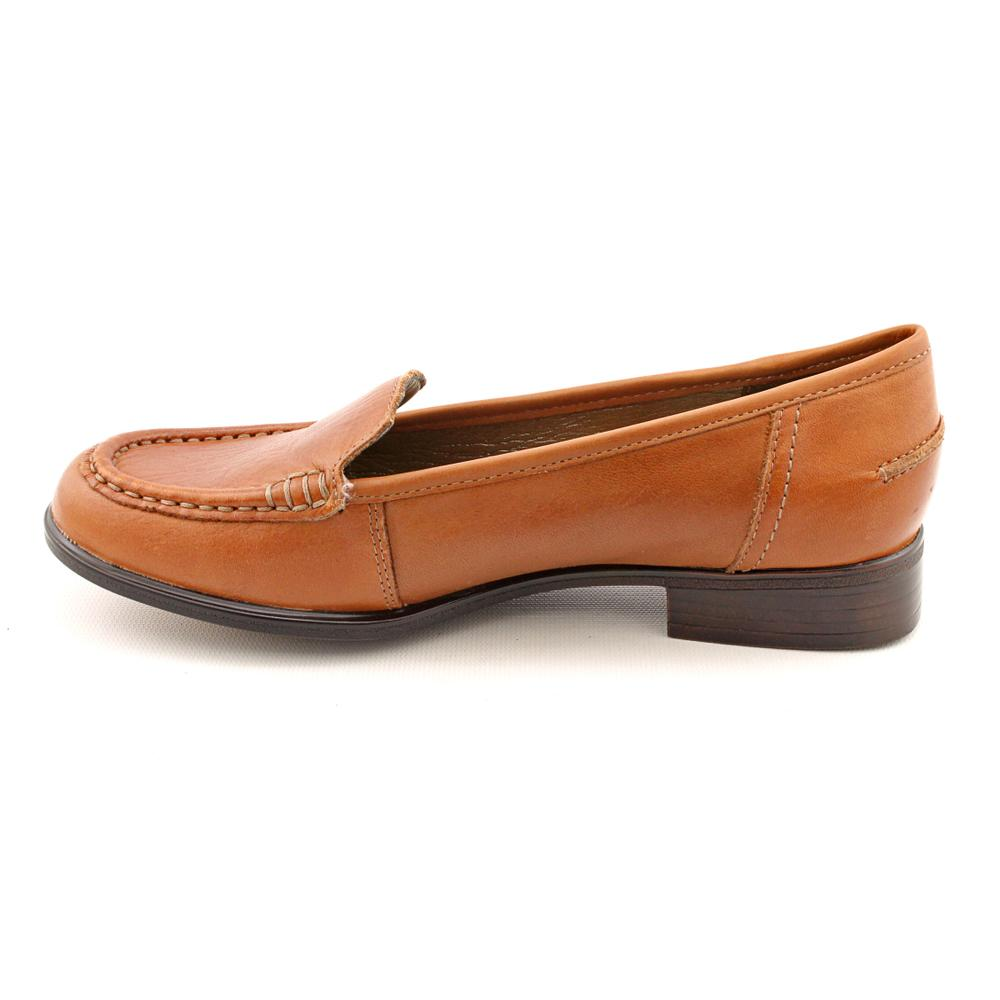 2d2a261c053 Shop Hush Puppies Women s  Blondelle  Leather Casual Shoes - Free Shipping  Today - Overstock - 7743428