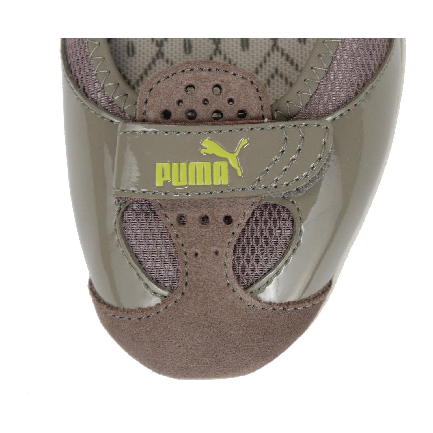 68c578e26b9 Shop Puma Women s  Zandy Native  Leather and Mesh Socklined Sporty Flats -  Free Shipping Today - Overstock - 7831710