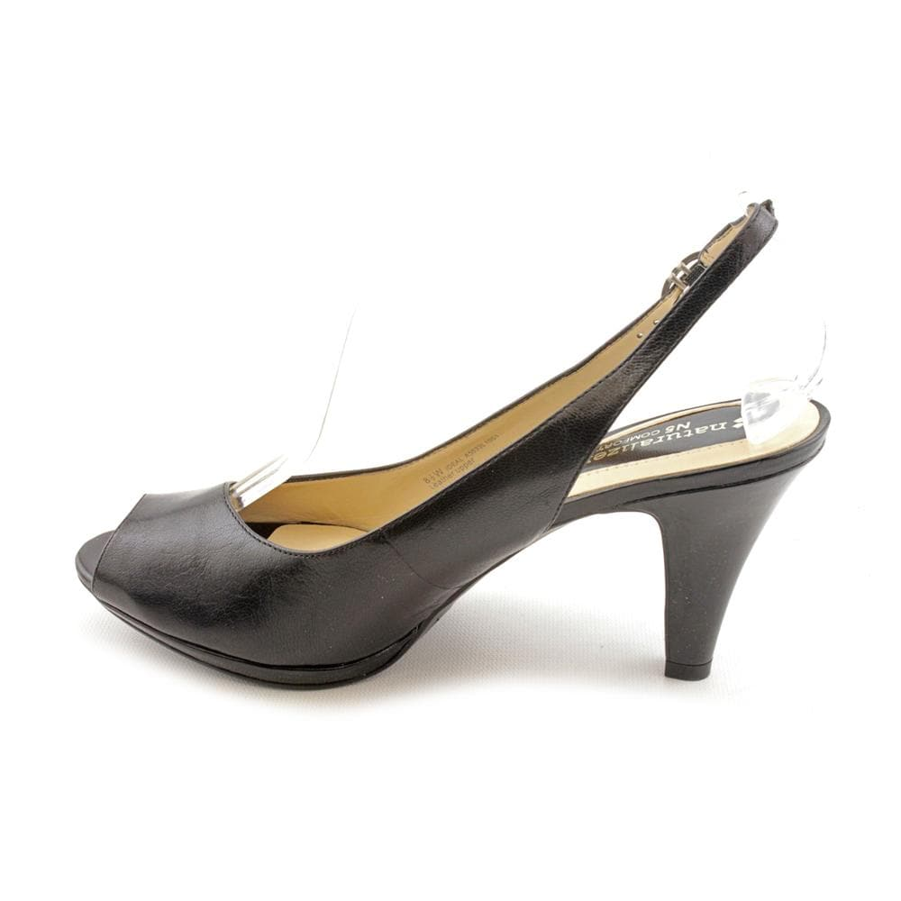 ea666bc94b27 Shop Naturalizer Women s  Ideal  Leather Dress Shoes - Wide (Size 8.5 ) -  Free Shipping Today - Overstock.com - 7996867