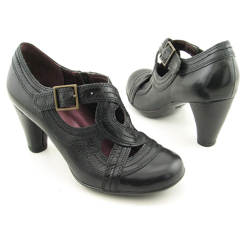 Shop Indigo By Clarks Women's 'Sylvie II' Leather Dress Shoes - Free  Shipping Today - Overstock.com - 8042801