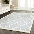 Safavieh Handmade Moroccan Cambridge Light Oversized Blue/ Ivory Wool Rug (11' x 15')