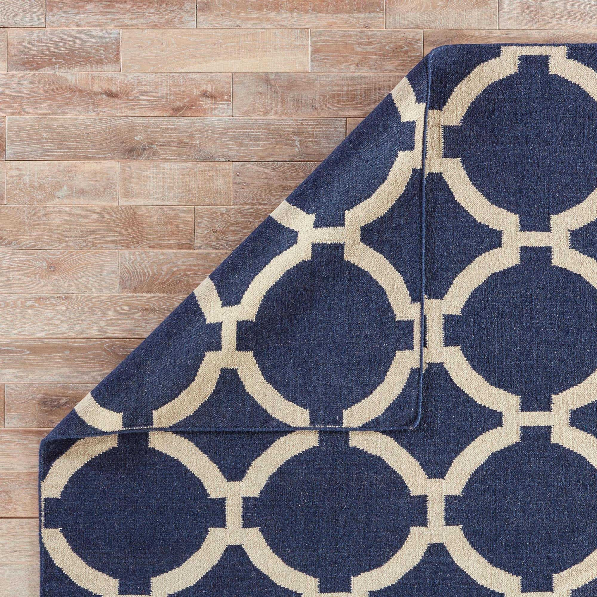 "Shop Cavanaugh Handmade Trellis Blue/ Cream Area Rug (3'6"" X 5'6"") - 3'6 x 5'6 - On Sale - Free Shipping Today - Overstock.com - 8177242"
