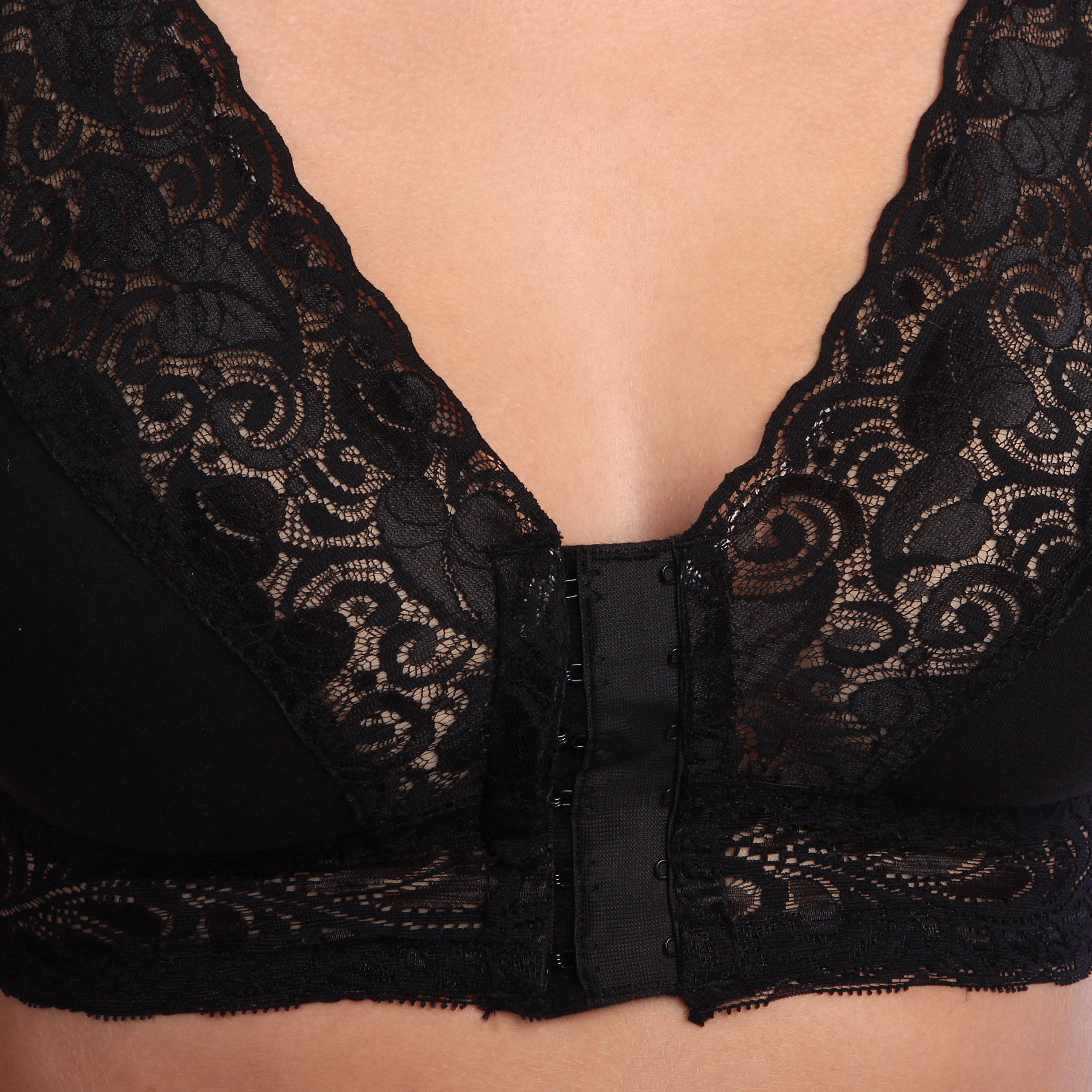 30d0b2cde Shop Valmont Lacy Leisure Full Coverage Bra Front Close - Ships To Canada -  Overstock - 8199096