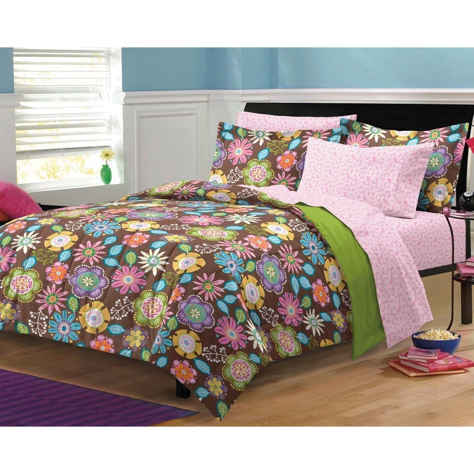 Shop Boho Garden 7 Piece Bed In A Bag With Sheets Set Free