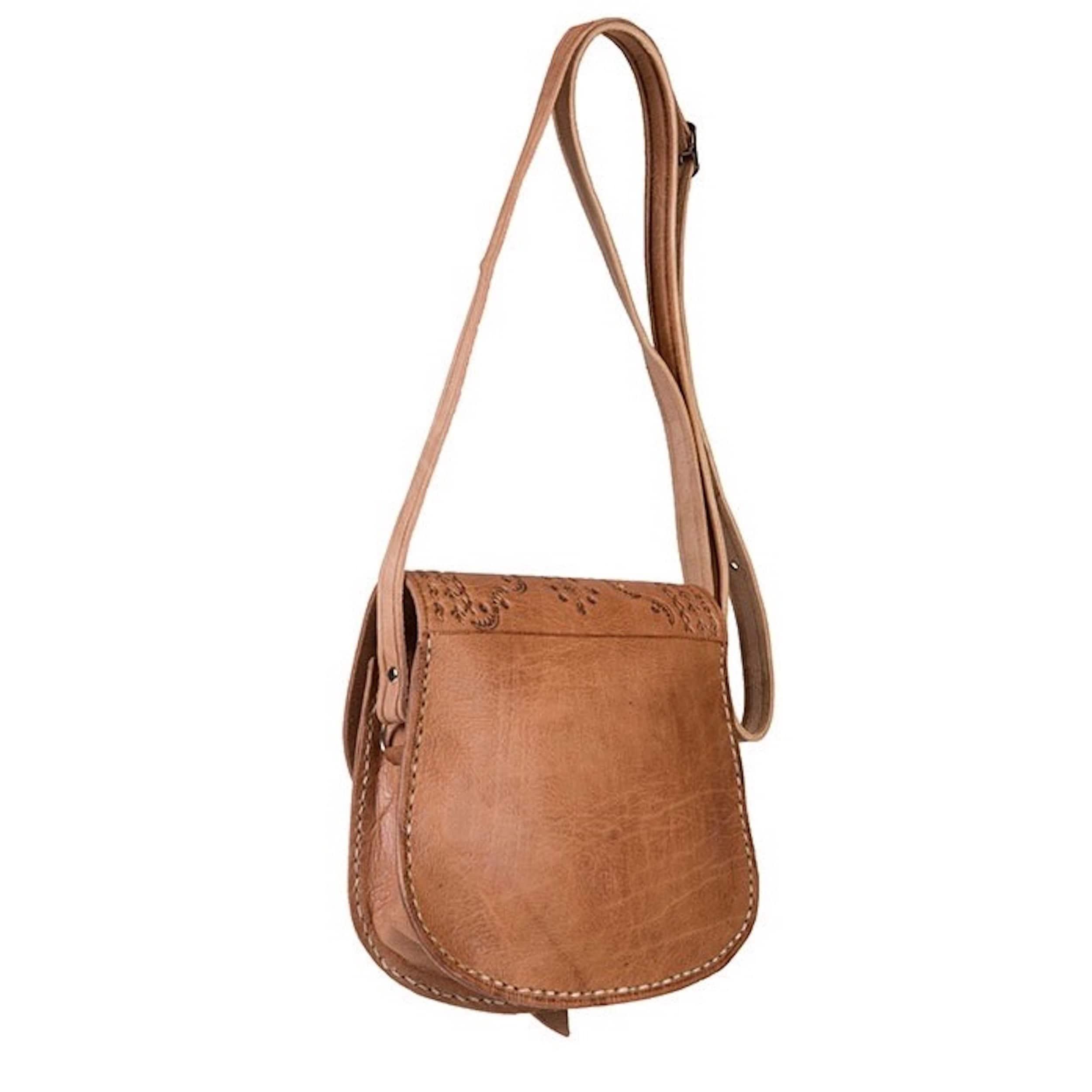 e5d0b2e6da Shop Handmade Zagora Leather Cross-body Bag (Morocco) - On Sale - Free  Shipping Today - Overstock - 8372516
