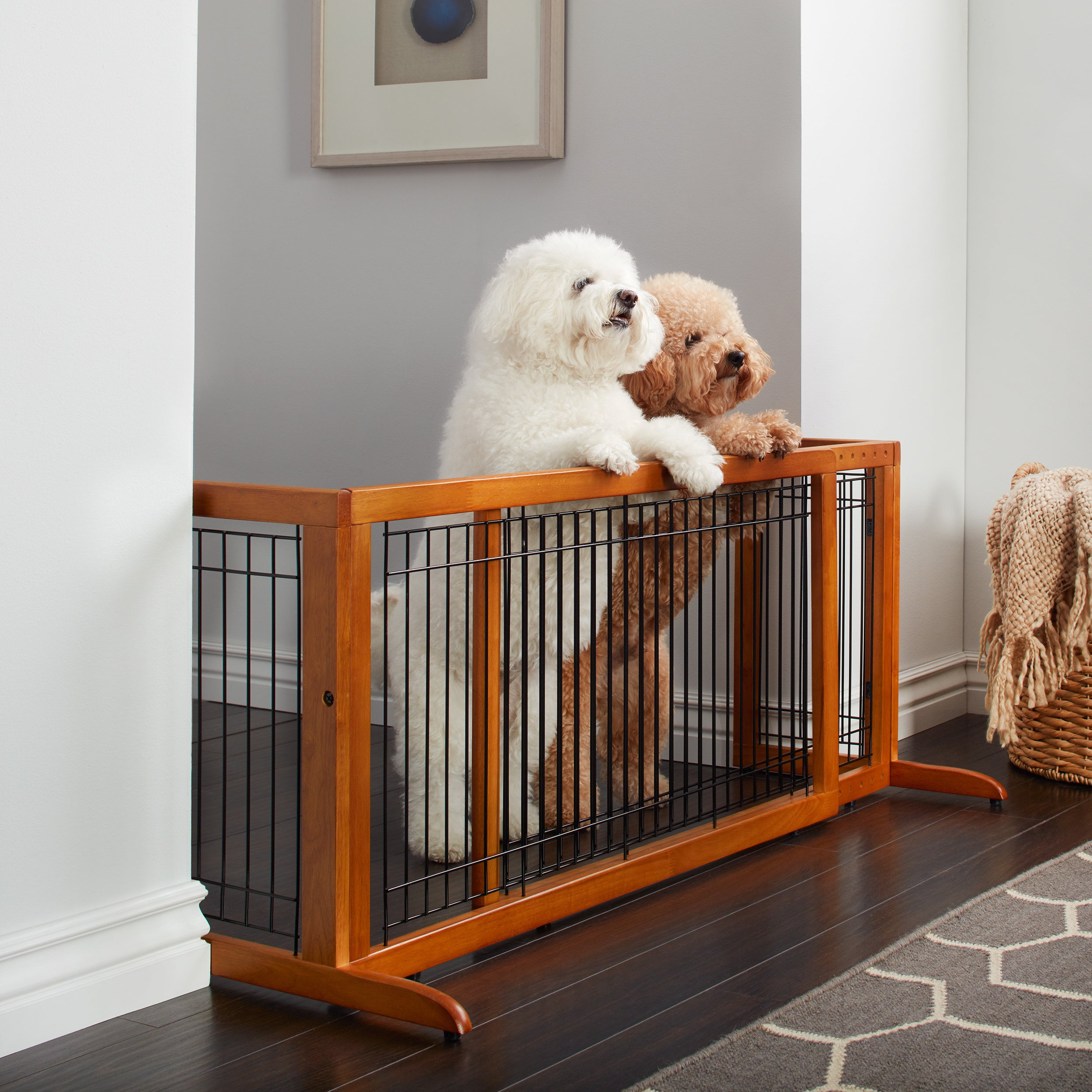 Shop Richell Freestanding Wood Adjustable Pet Gate   Free Shipping Today    Overstock.com   8398801
