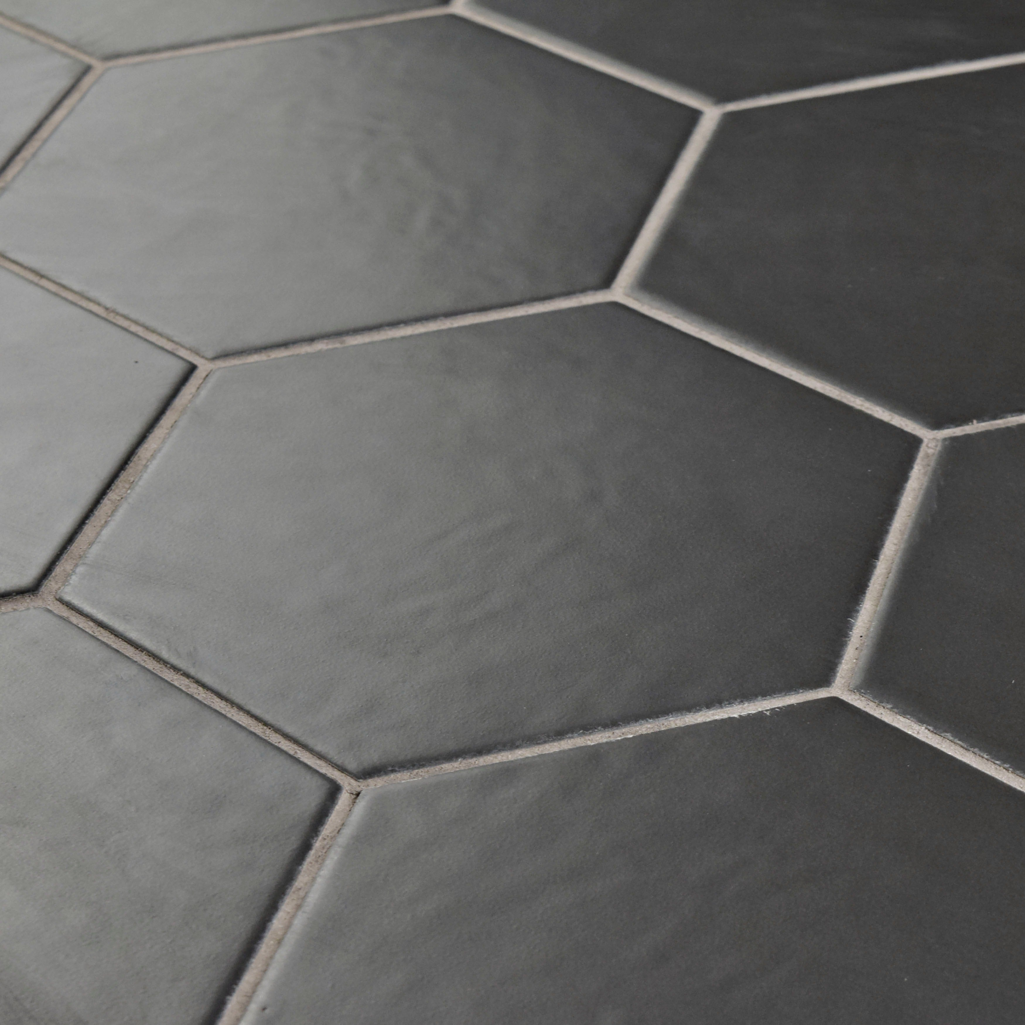 Somertile matte black porcelain 7x8 inch hextile floor and wall tile somertile matte black porcelain 7x8 inch hextile floor and wall tile case of 14 free shipping on orders over 45 overstock 15742538 dailygadgetfo Image collections