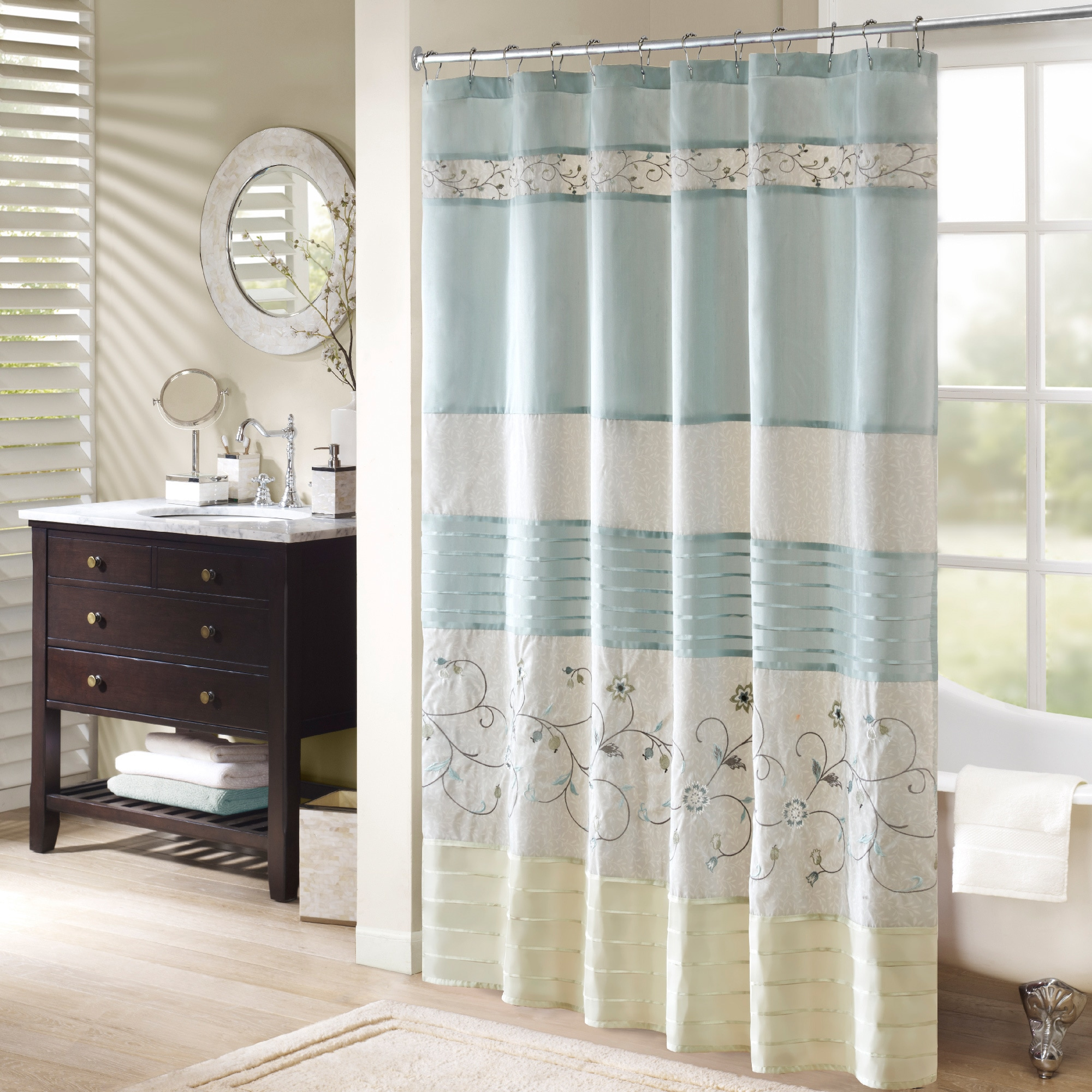 Madison Park Belle Faux Silk Embroidered Floral Shower Curtain - Free  Shipping On Orders Over $45 - Overstock.com - 15854515
