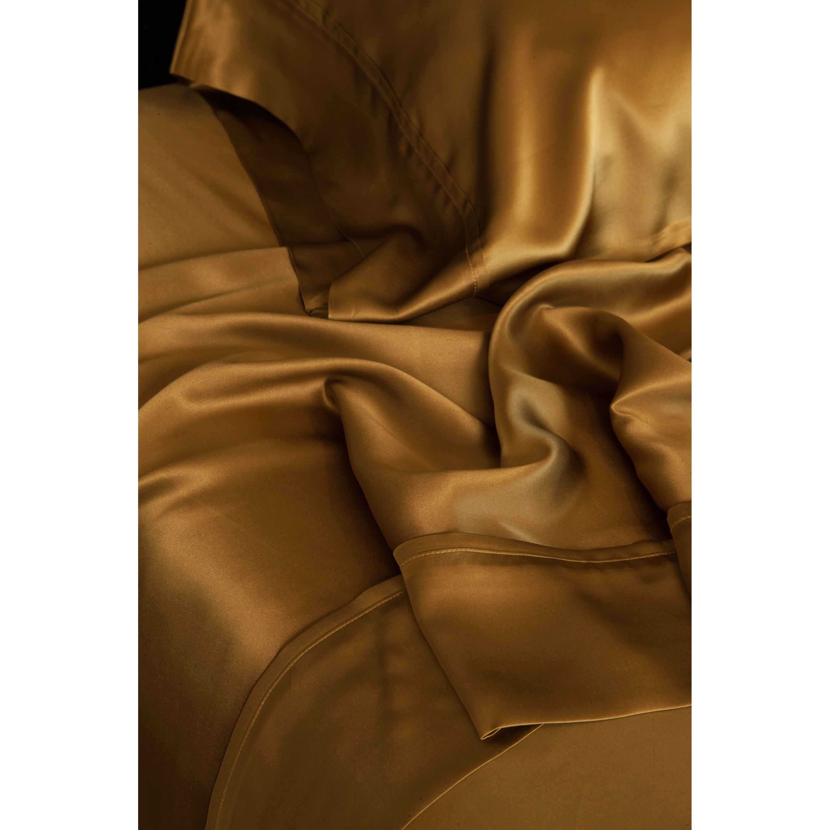 quilt sizes corners duvet with filled loops have product lujo home cotton silk a all comforter white size premium mulberry range shell cover usa