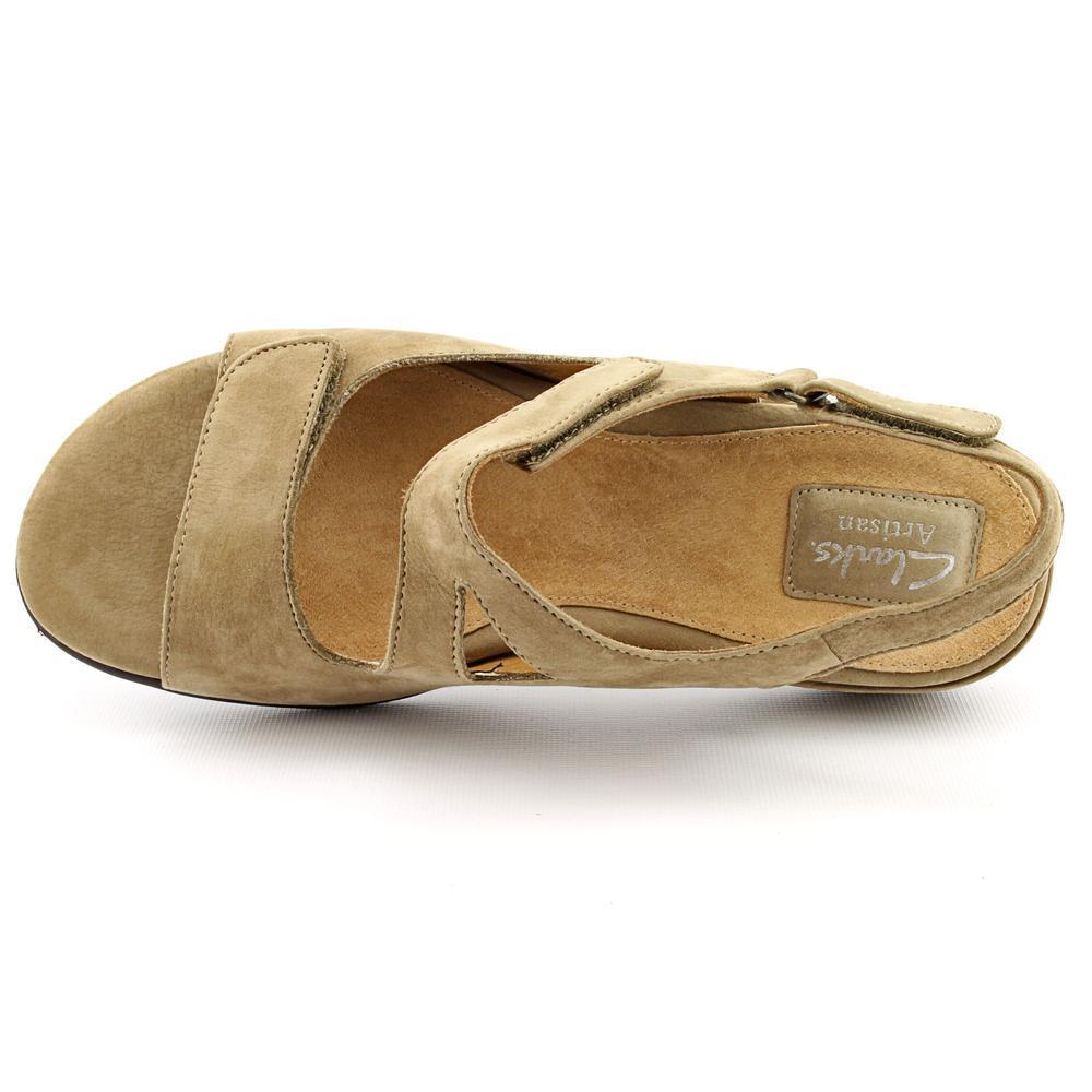 Shop Clarks Artisan Women's 'Sarasota' Leather Sandals - Free Shipping On  Orders Over $45 - Overstock.com - 8803710